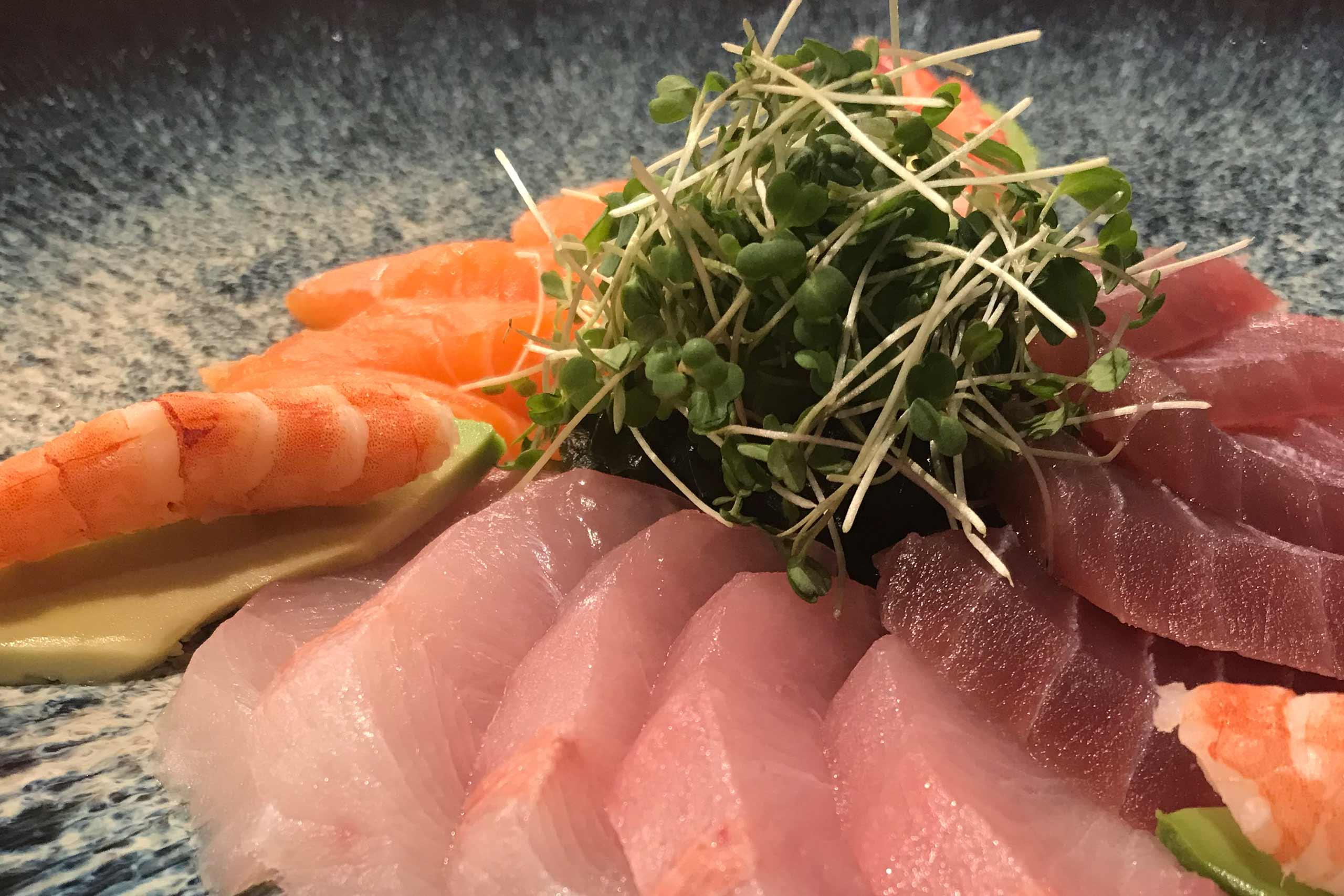 simply-sushi-fischteller.jpg