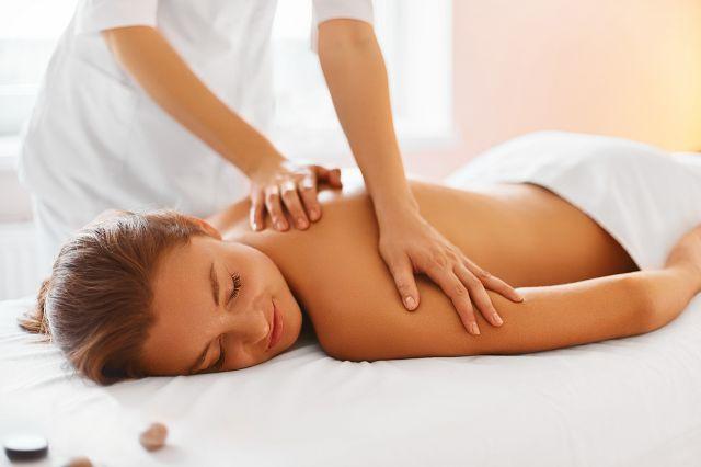 adobestock-massage.jpeg