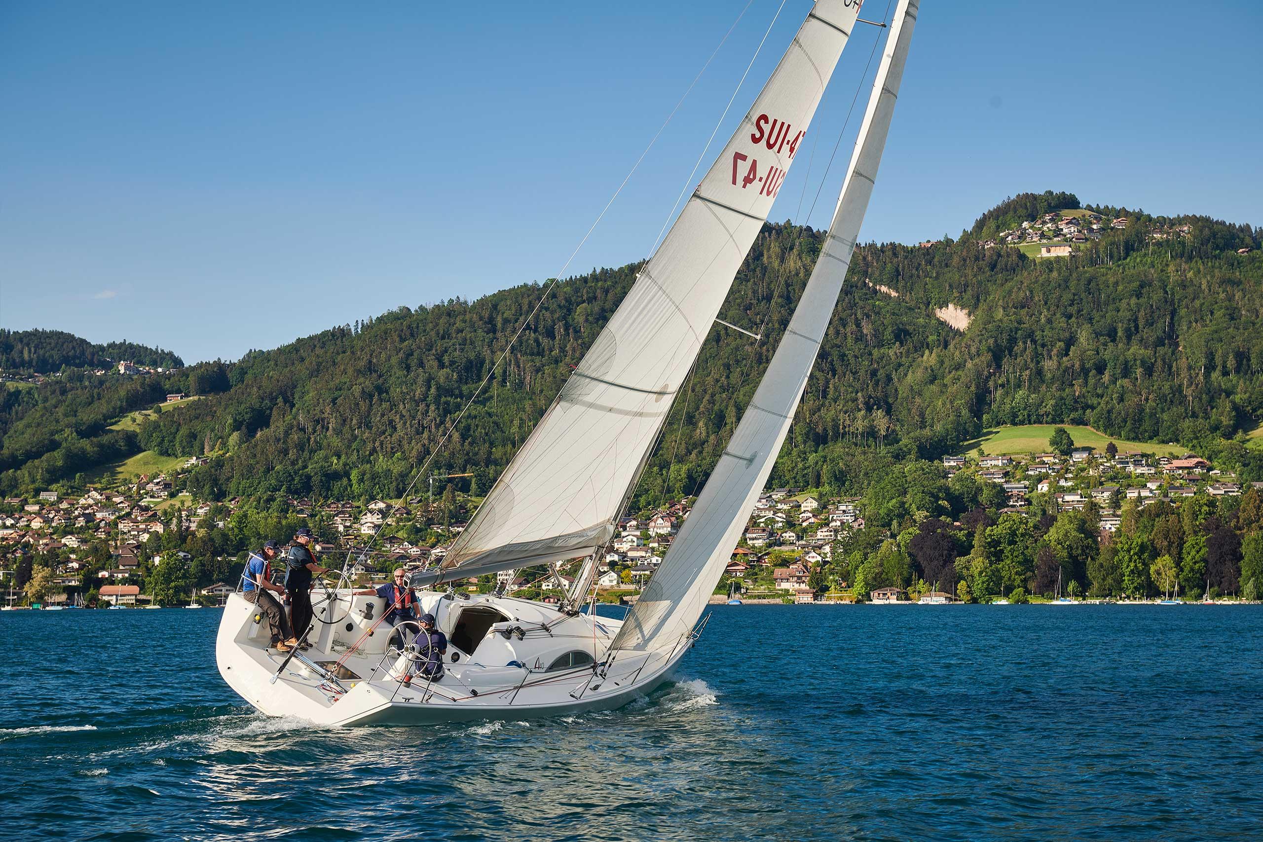 segelschule-thunersee-gaeste-segeln-segelschiff-sommer.jpg