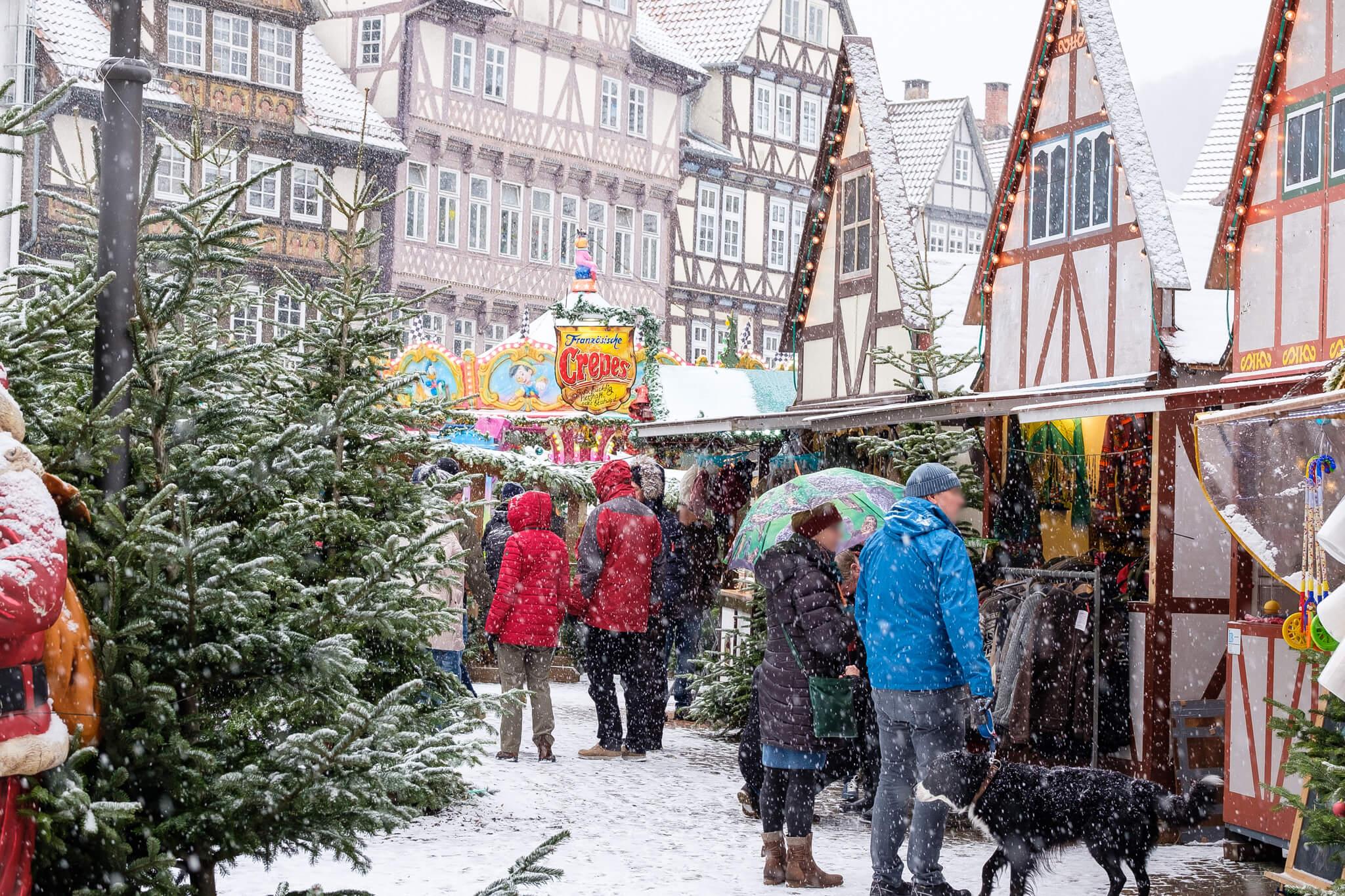 Weihnachtsmarkt Hann. Münden bei Schnee