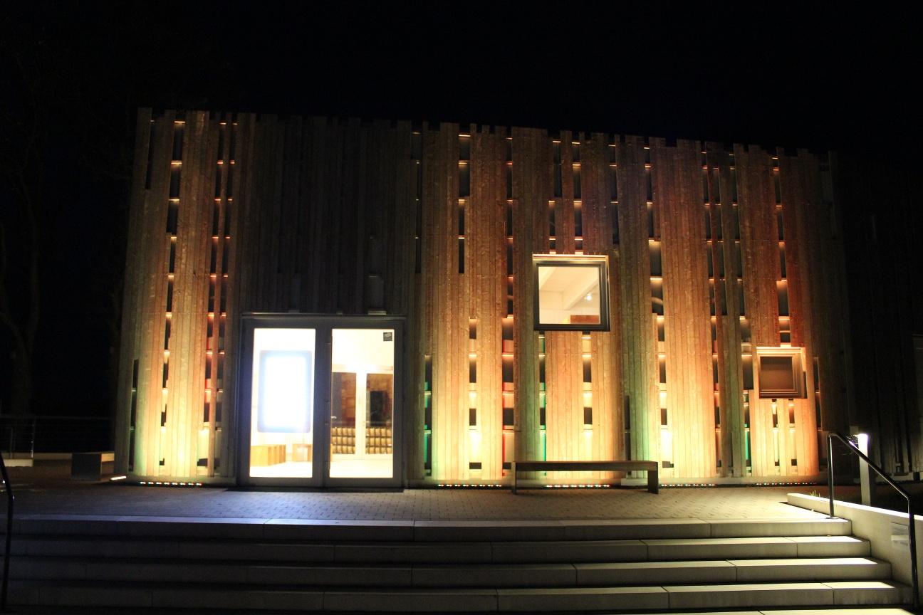 Besucherzentrum Abtei Marienmünster bei Nacht
