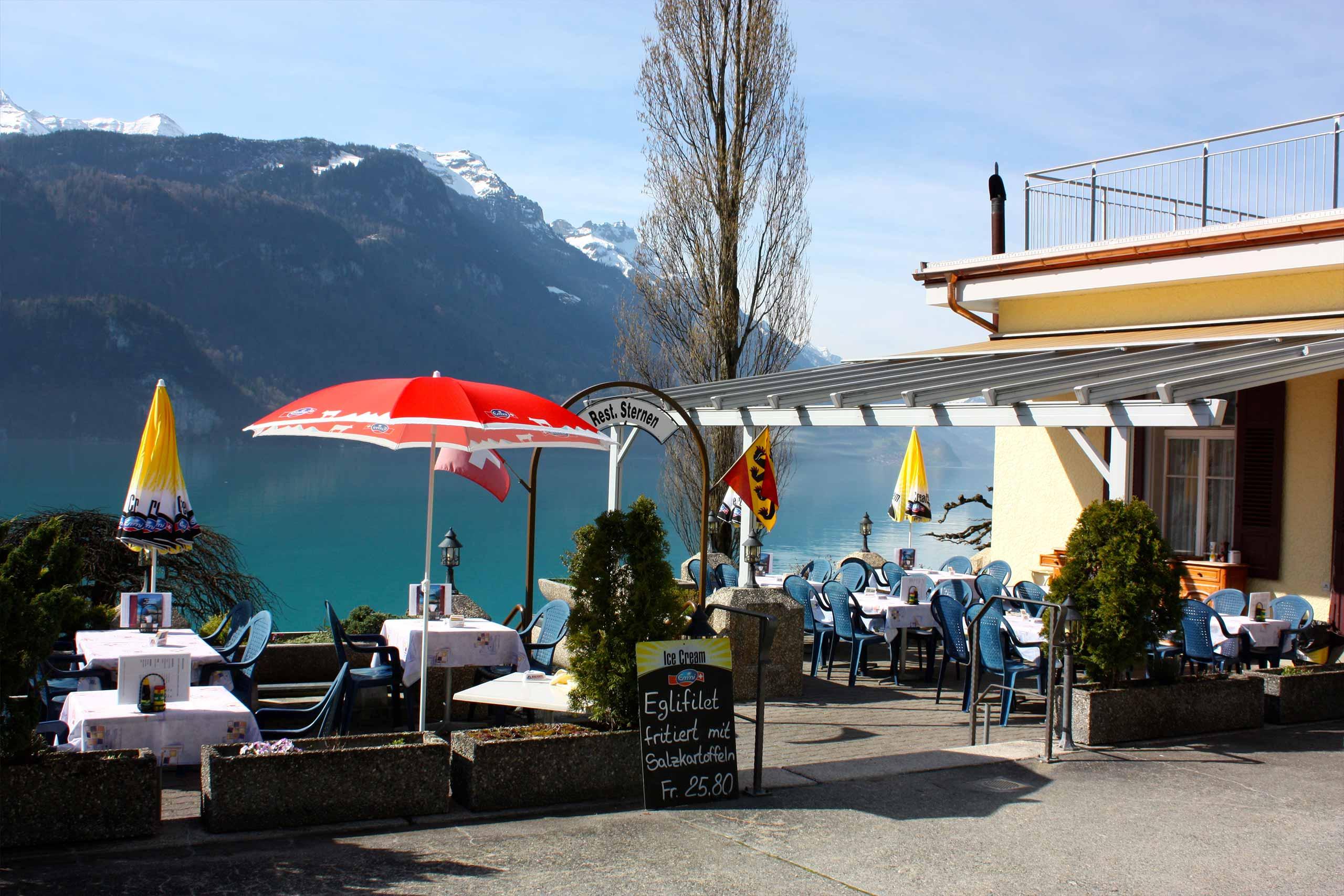 restaurant-sternen-brienz-aussicht-von-terrasse-fruehling.jpg