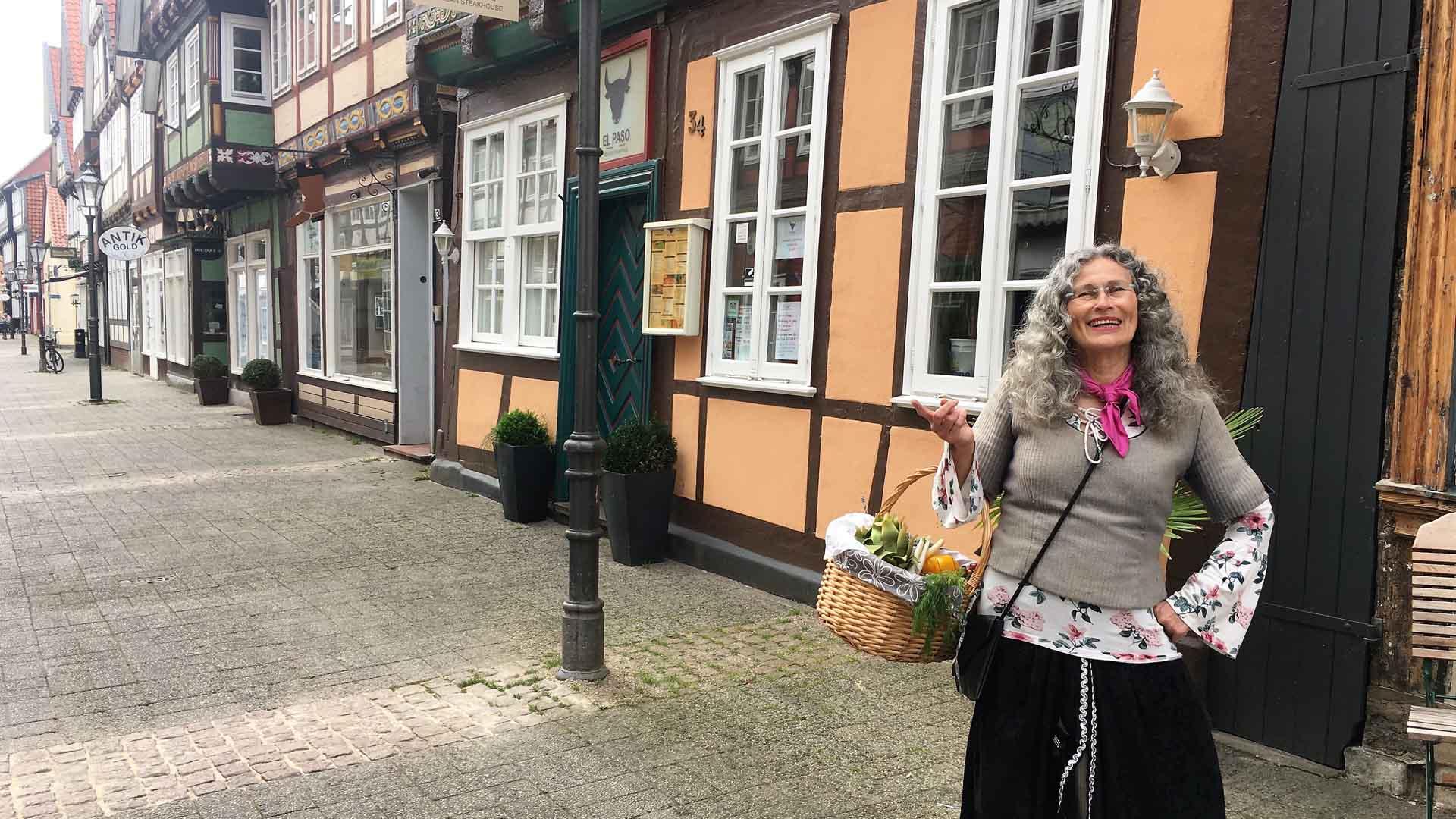 celle-stadtfuehrung-marktfrau-2