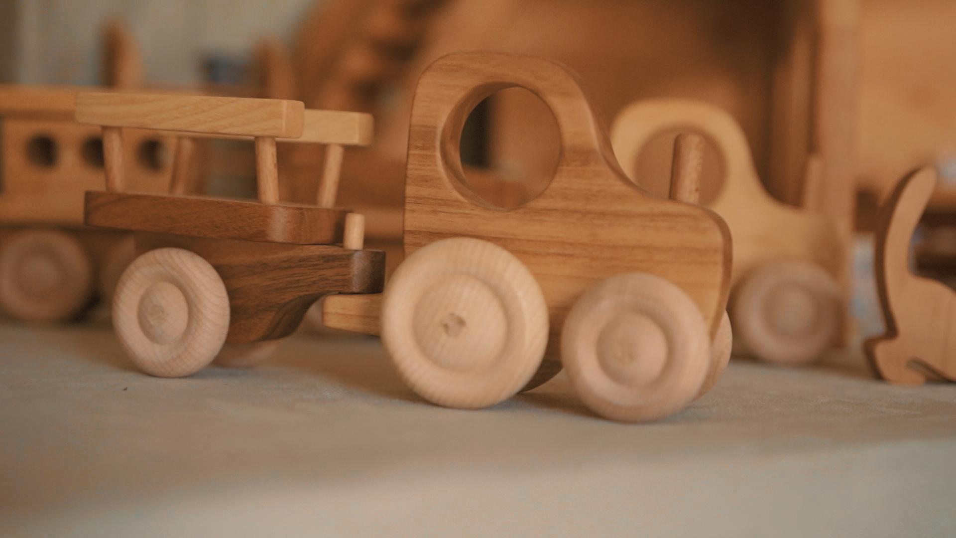 Holzauto.jpg