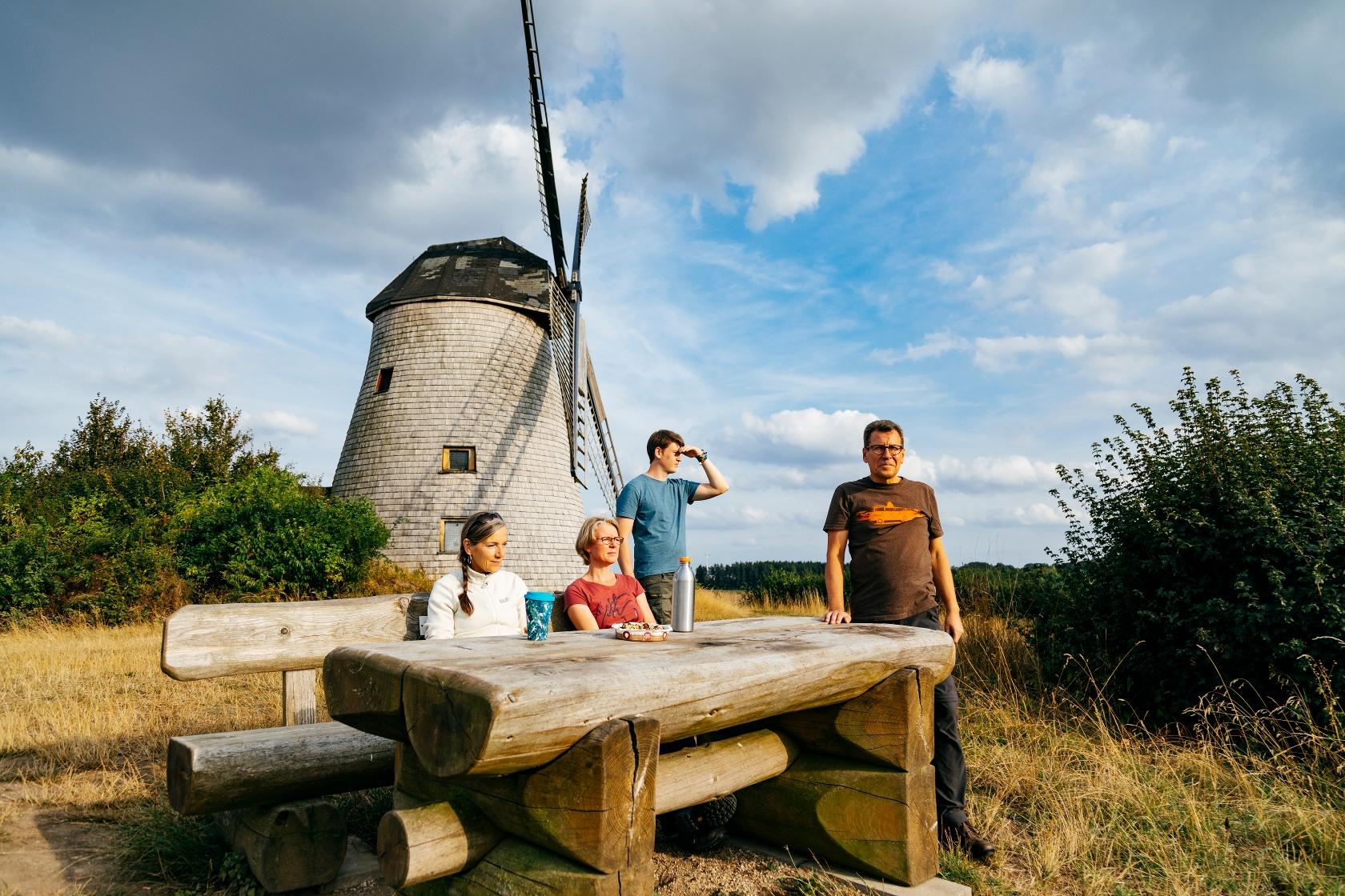 Rast an der Windmühle Bavenhausen