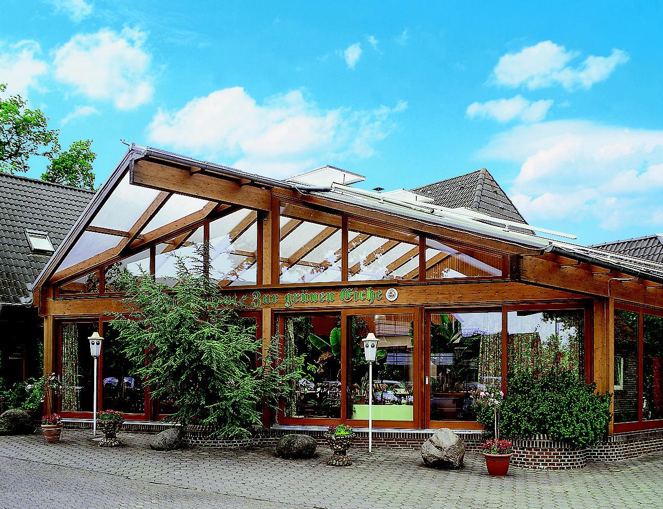 akzent-hotel-zur-gruenen-eiche-aussenansicht-restaurant-min.jpg.JPG