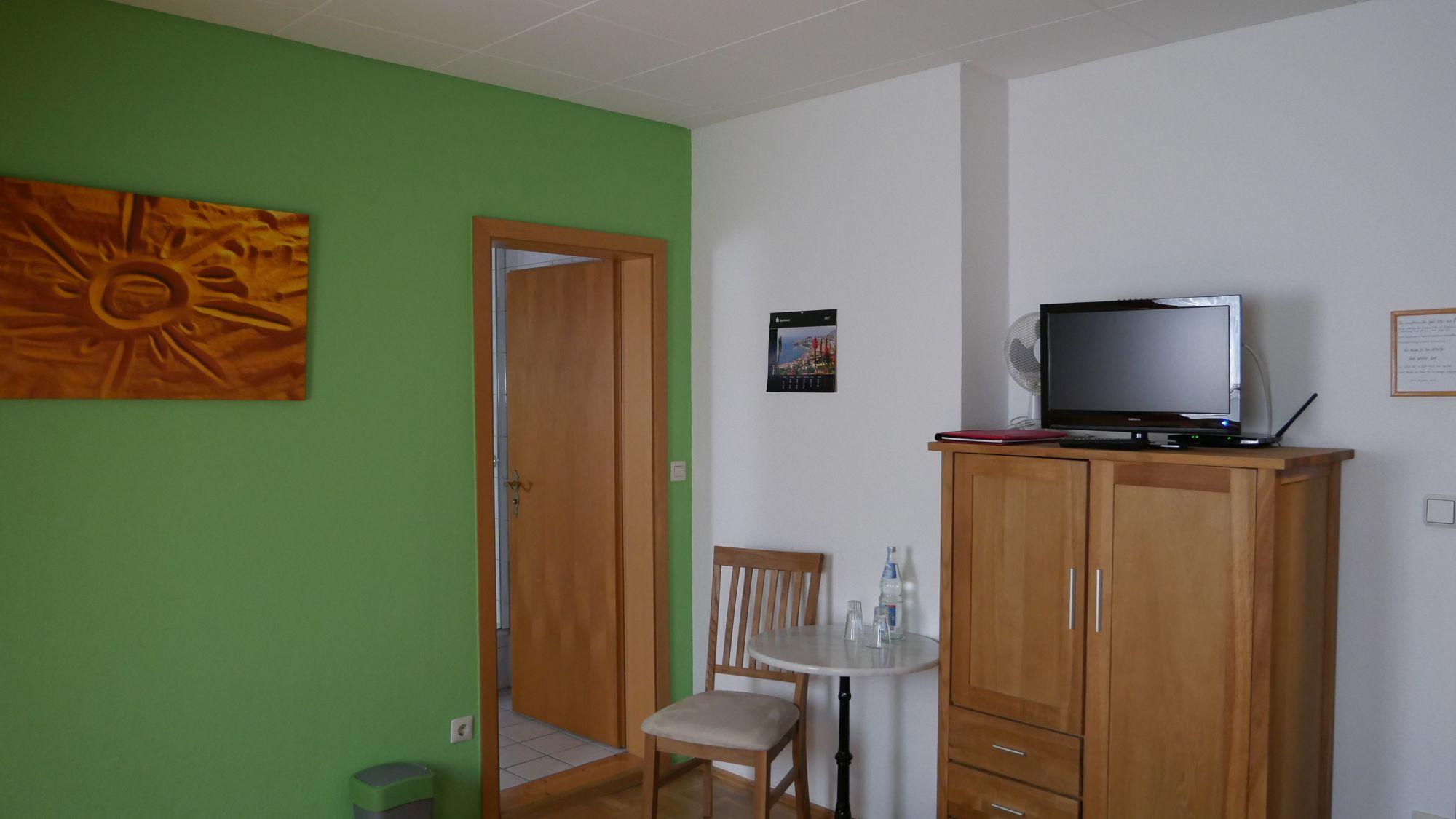 Altes Farmhaus Lienen_Zimmer_2000.jpg