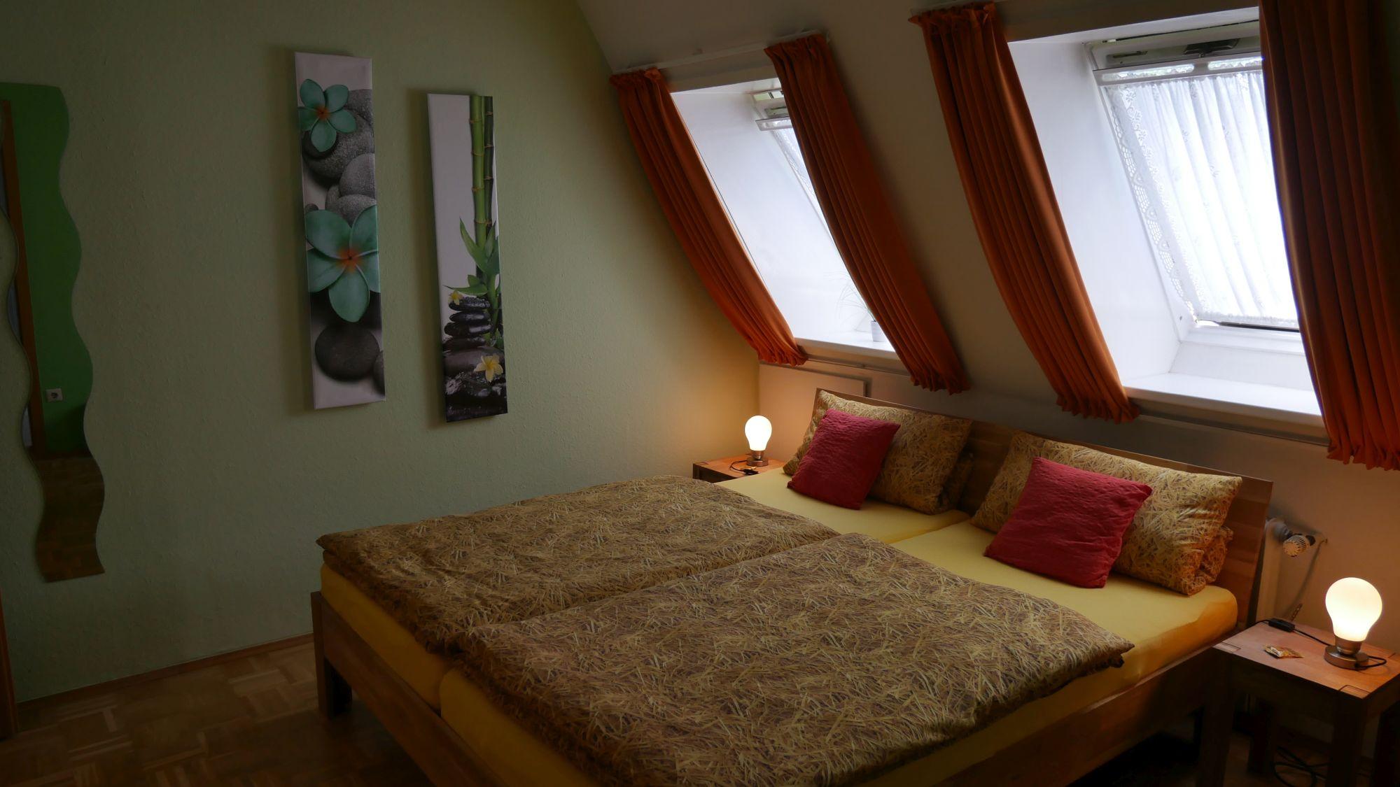 Doppelzimmer im Alten Farmhaus Lienen.jpg