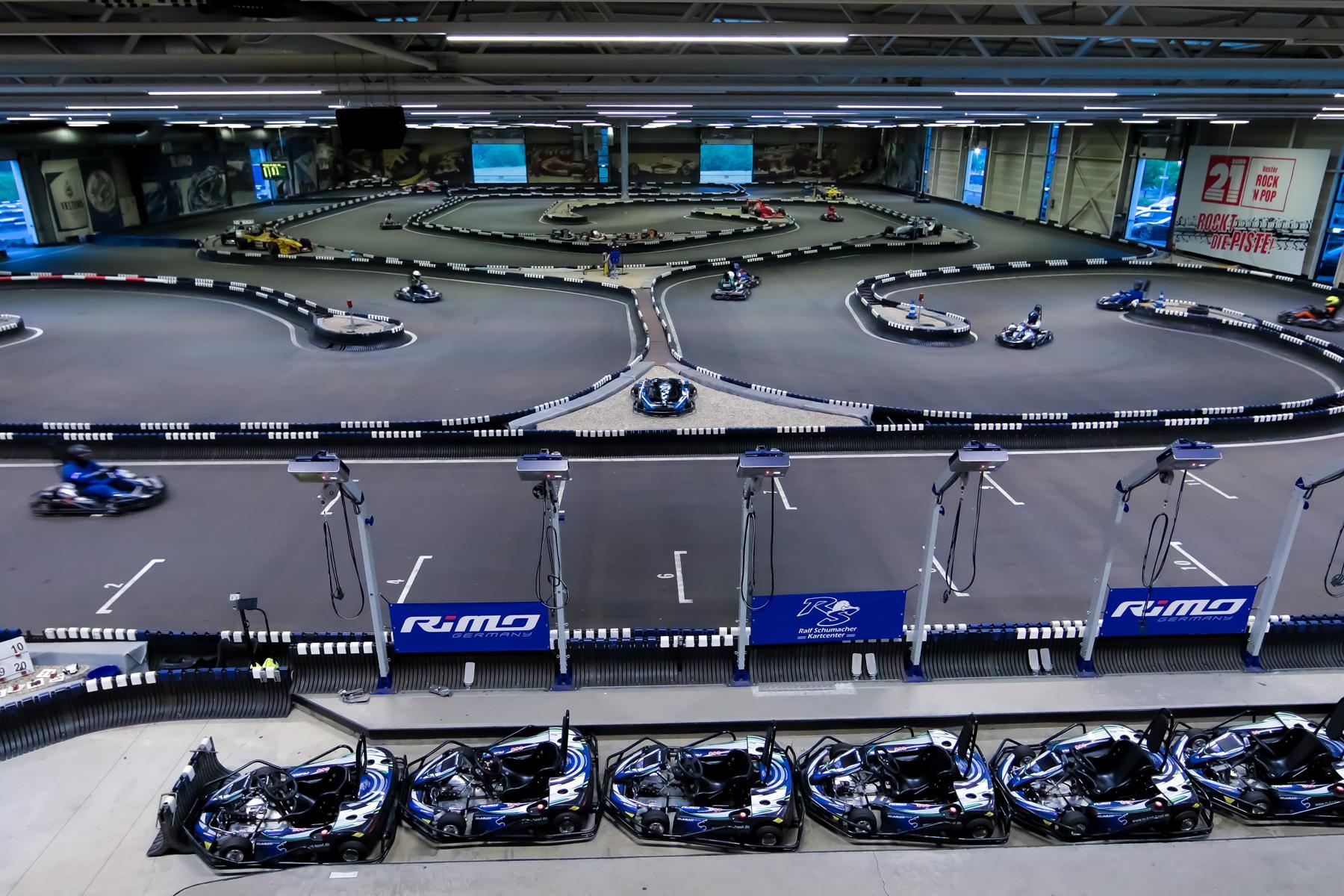 rs-kartcenter-kart-indoor-2-min.JPG