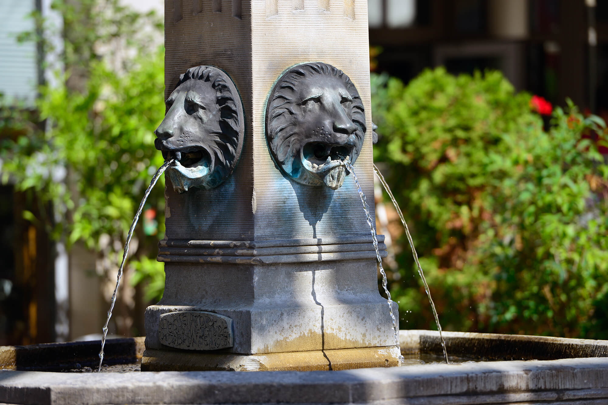 Brunnen am Marktplatz Gifhorn.jpg