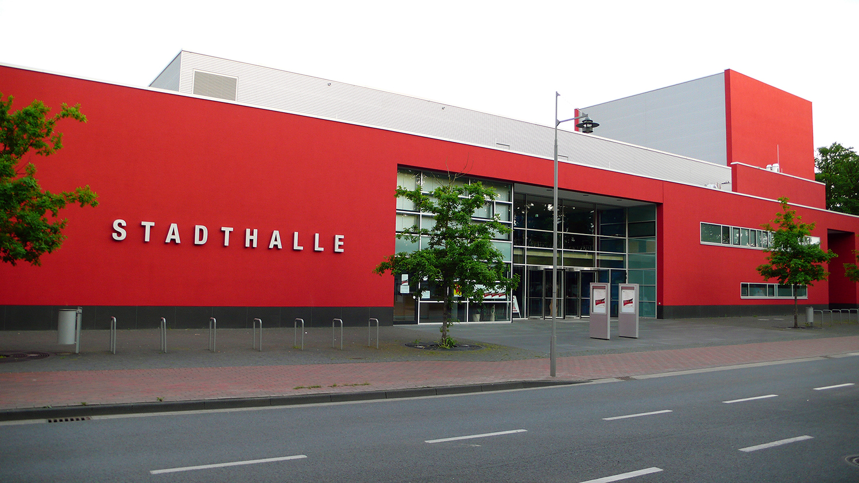 Stadthalle Gifhorn Eingang.JPG