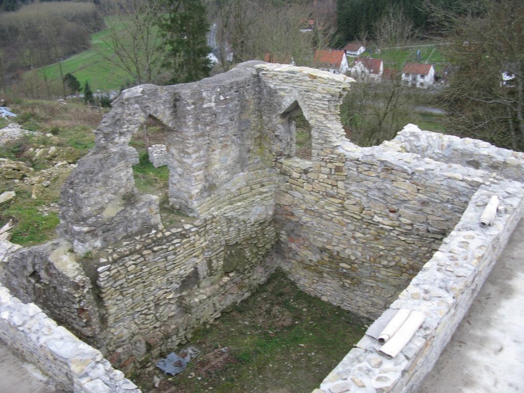 Bauarbeiten auf der Burgruine Ringelstein