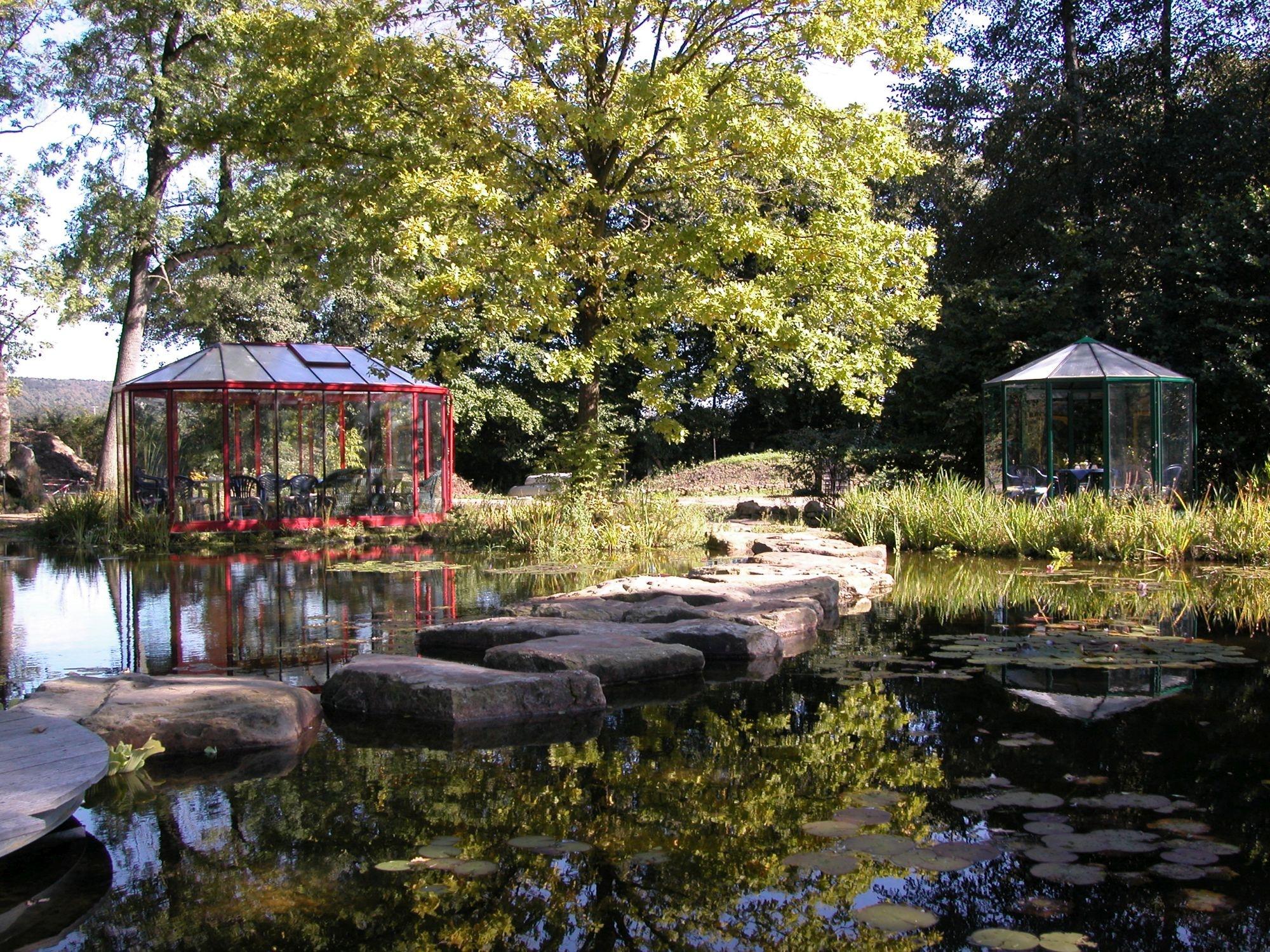 Teich im NaturaGart-Park