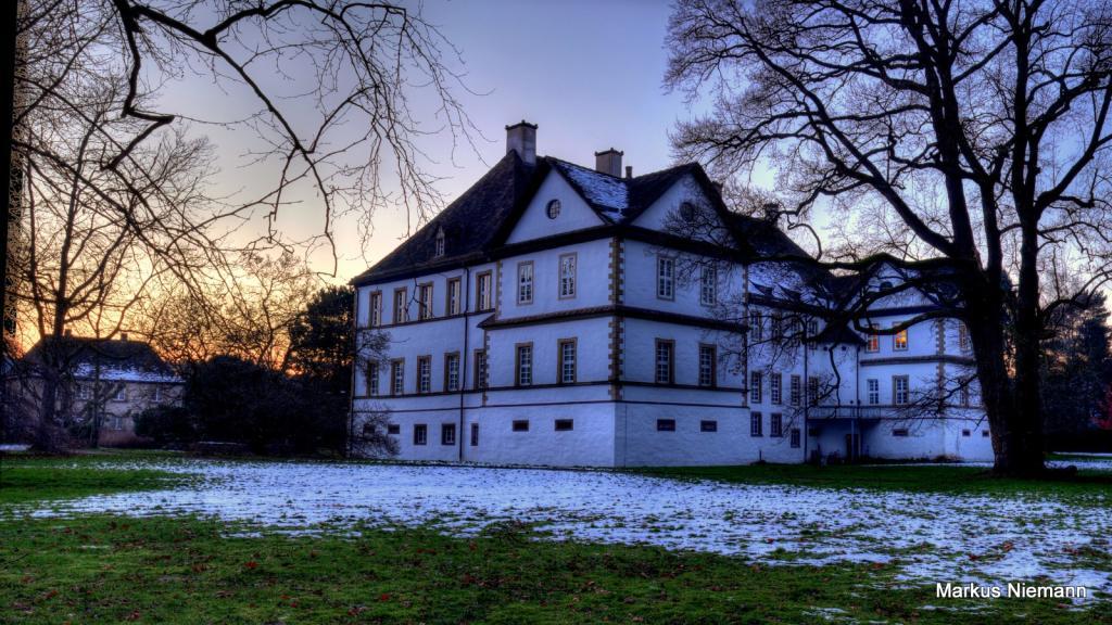 Weserhöhen_Schloss_Wehrden