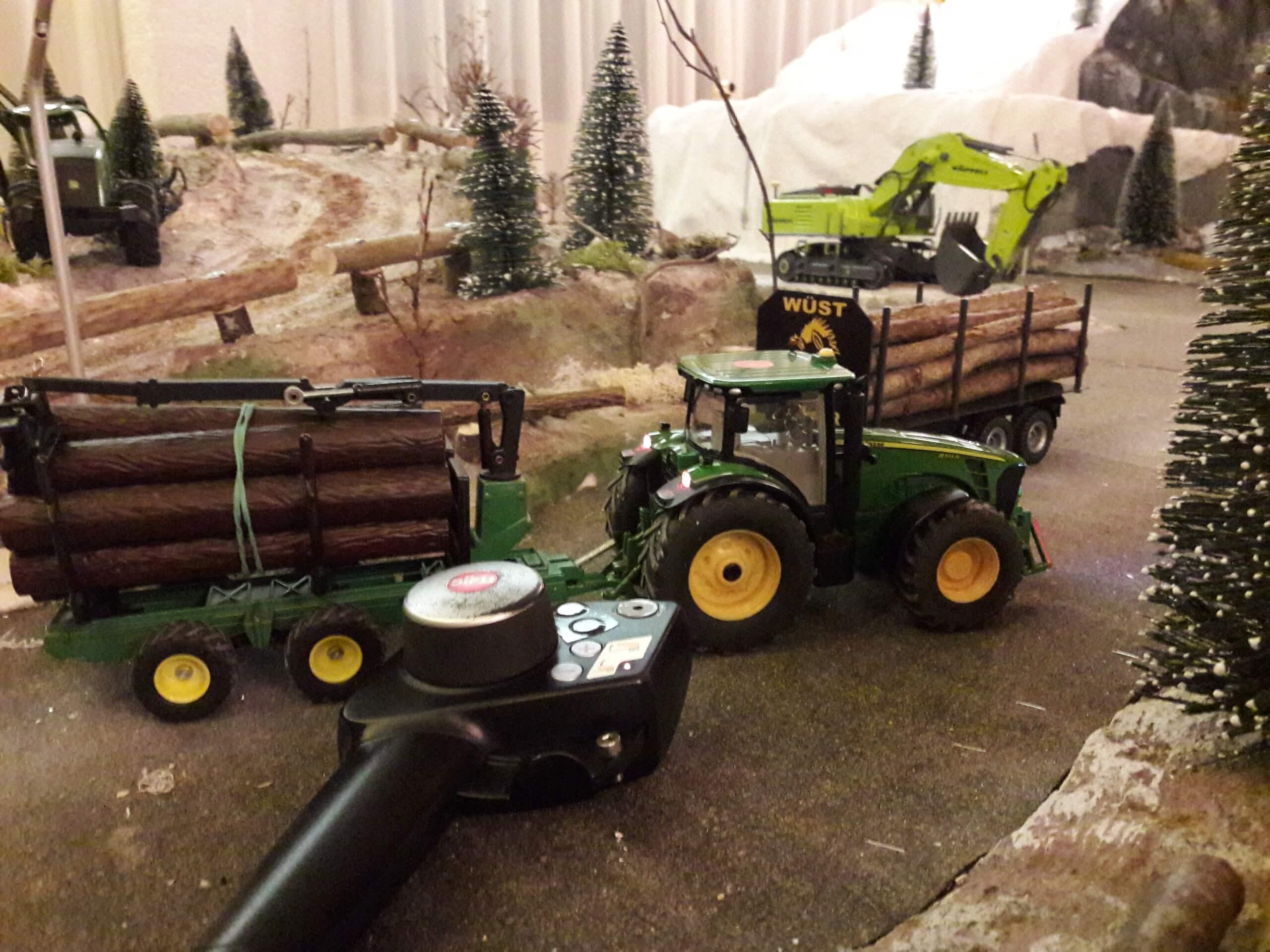 diemtigtal-diorama-wirieblick-traktor