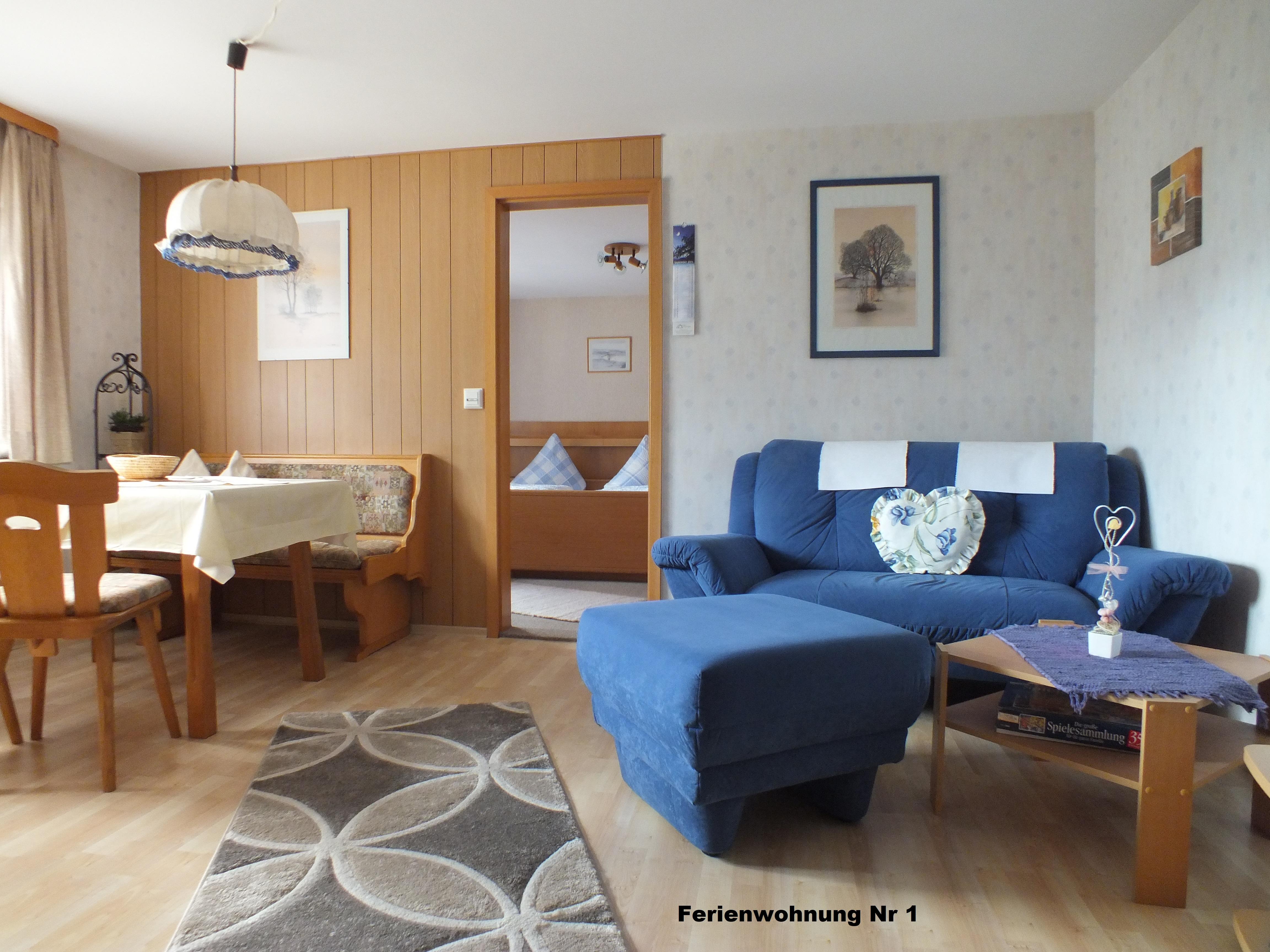 Gästehaus Fink, Ferienwohnung 1, Wohnzimmer