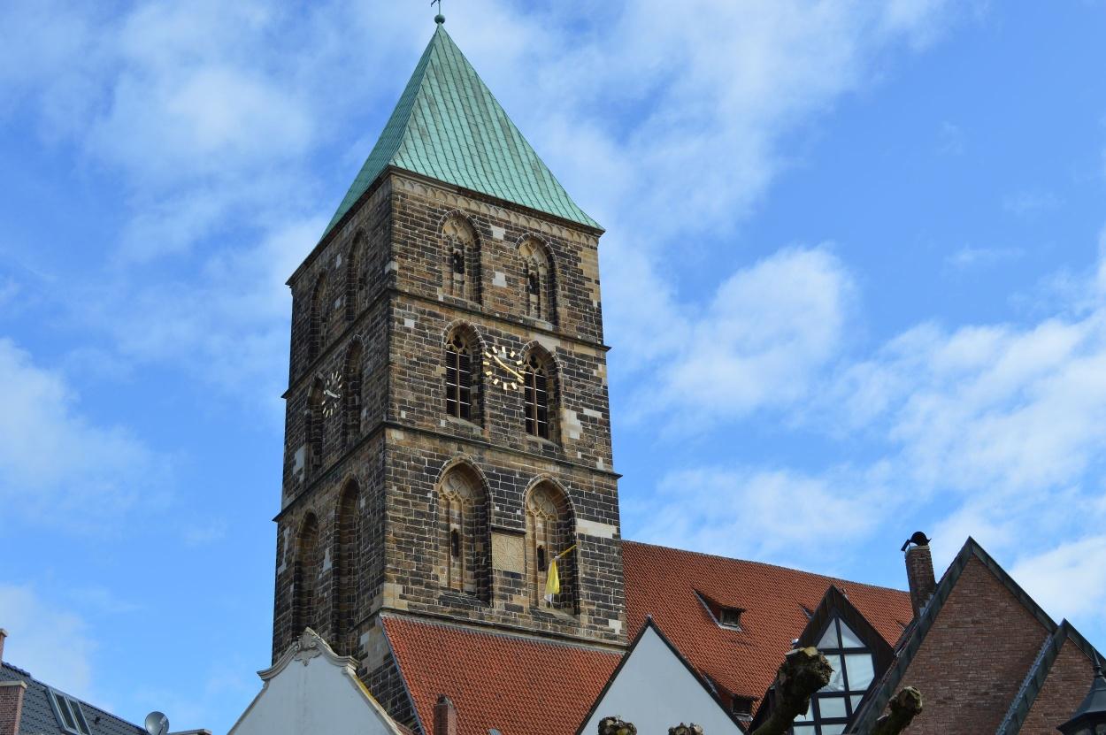 Kirchturm am Marktplatz in Rheine