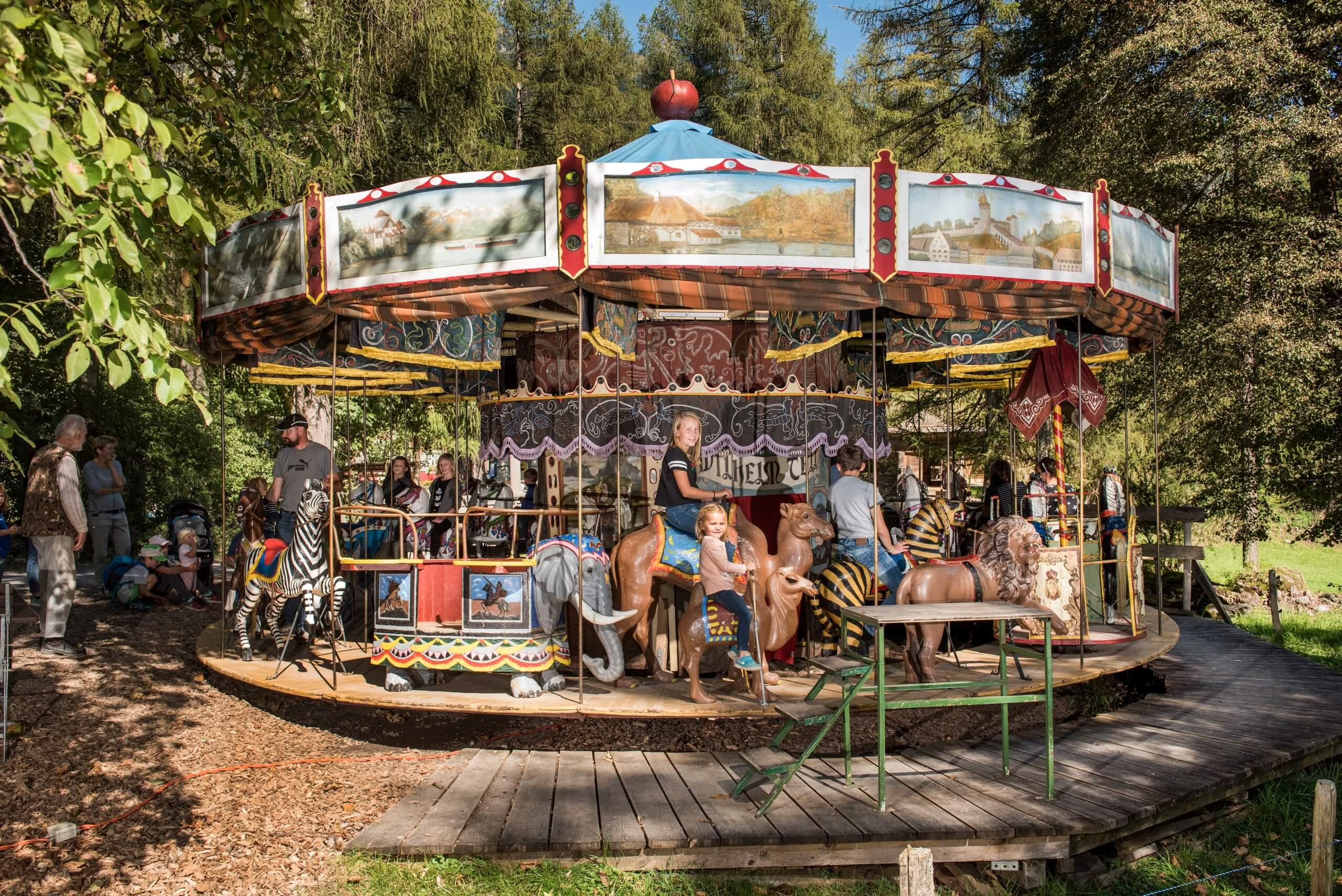 ballenberg-familienfestival-kinder-sommer-karusell