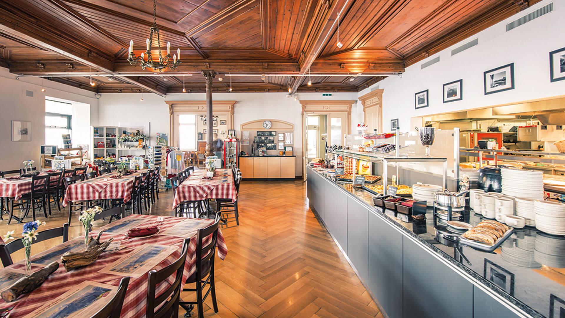 schynige-platte-bergrestaurant-buffet