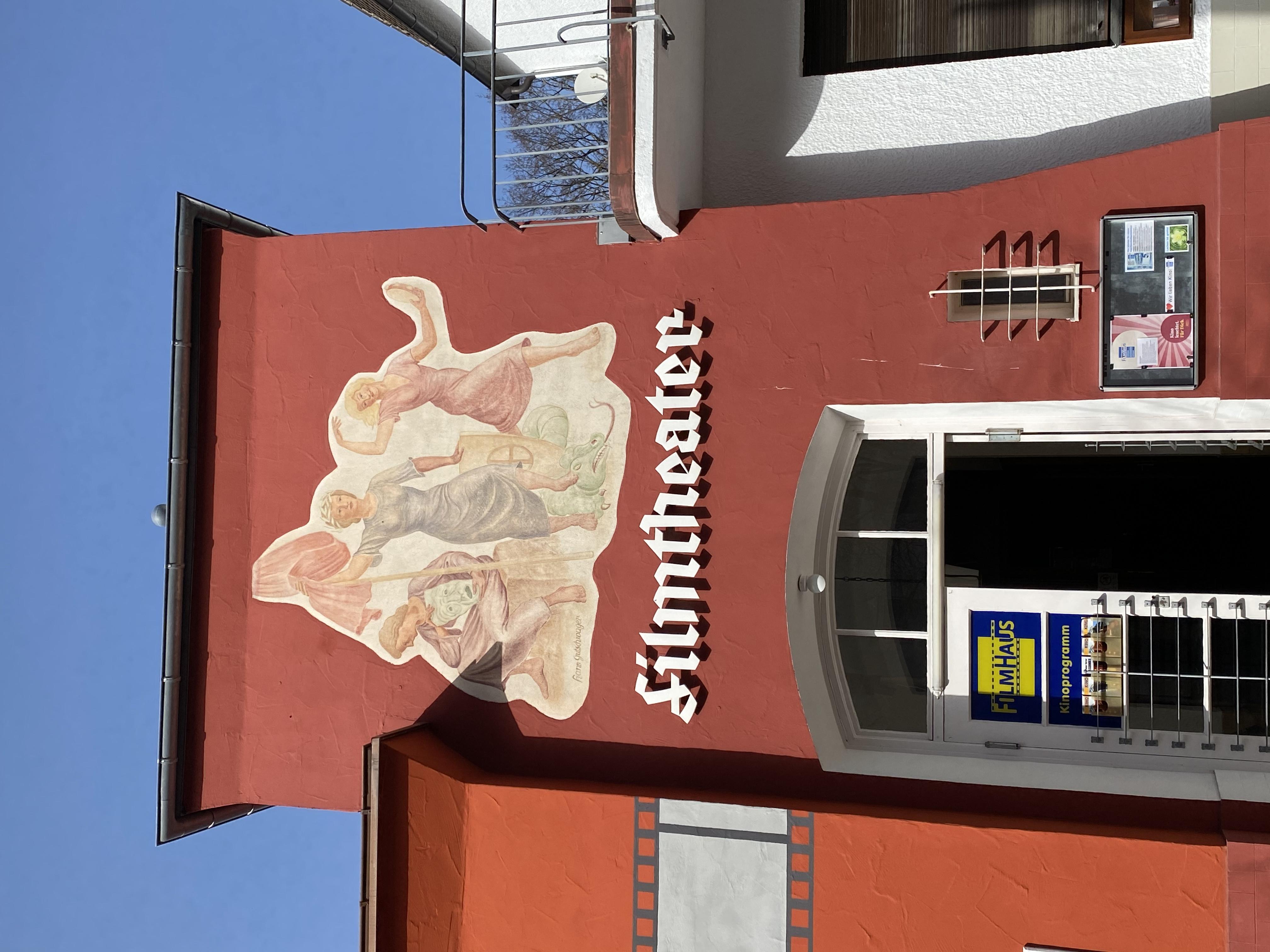 "Filmkunst-Theater ""Filmhaus Huber"""