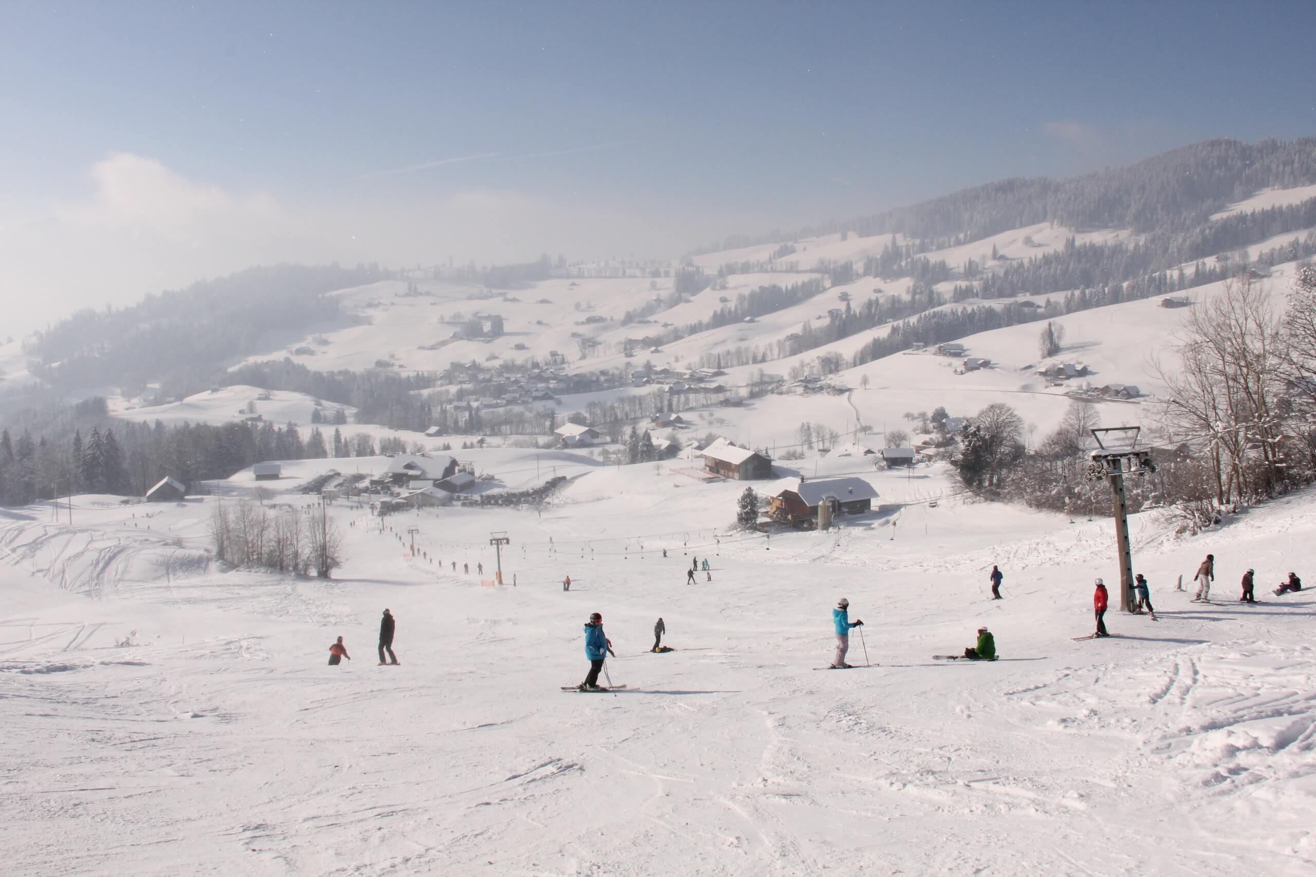 schwanden-bei-sigriswil-skilift-winter-skigebiet