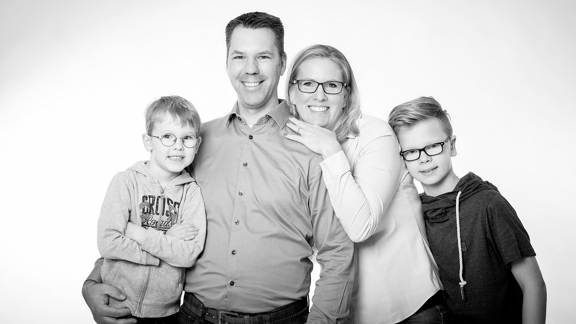 snapshotz_family.jpg