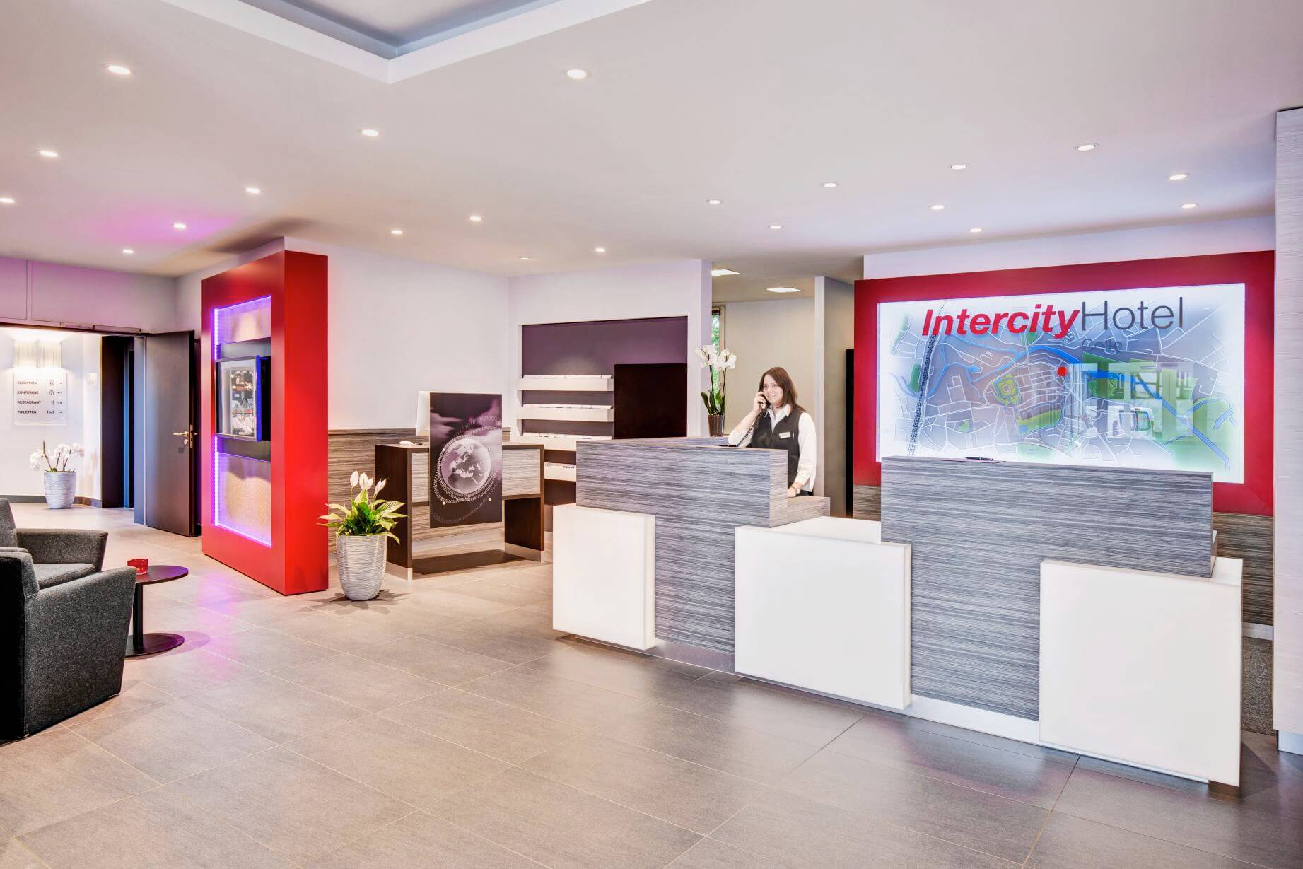 IntercityHotel Celle, Rezeption