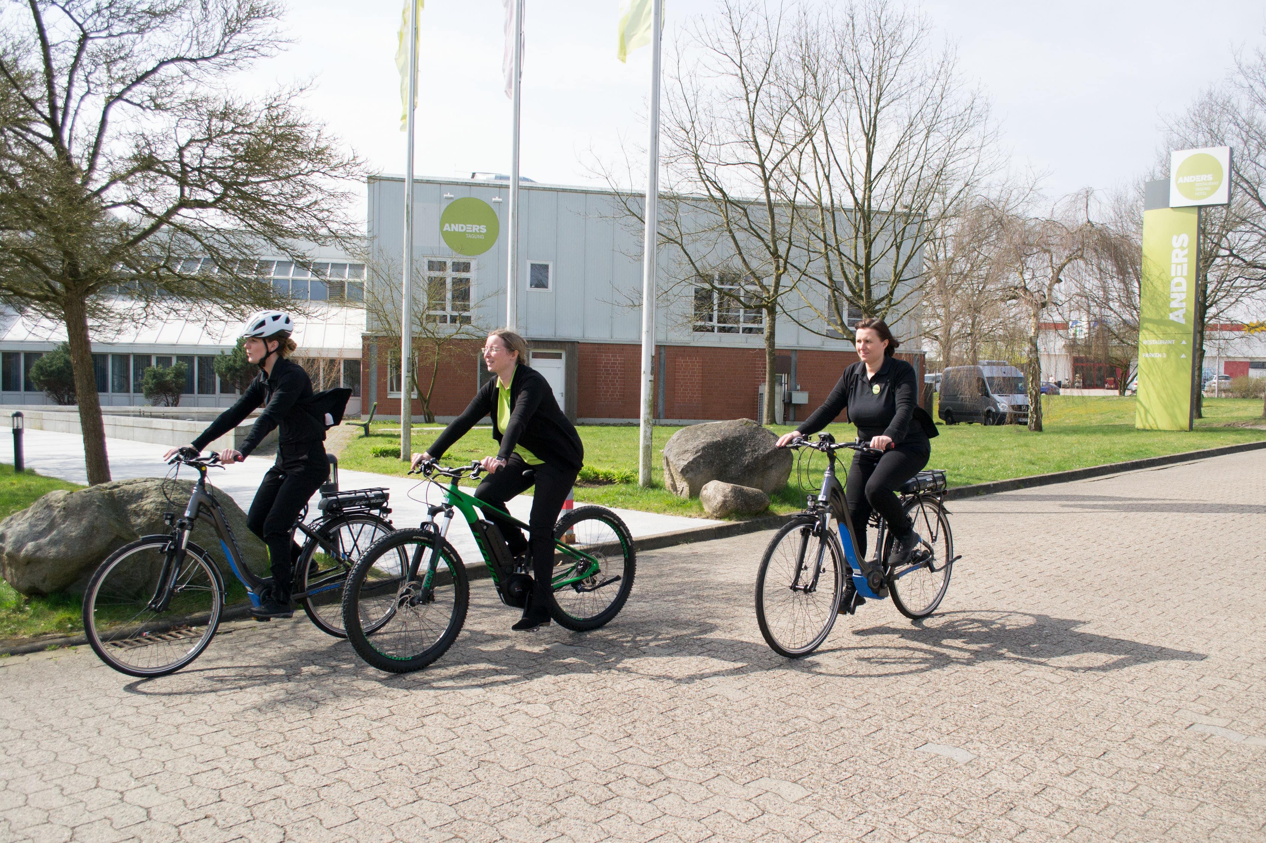 ANDERS-hotel-walsrode-e-bike-team.jpg