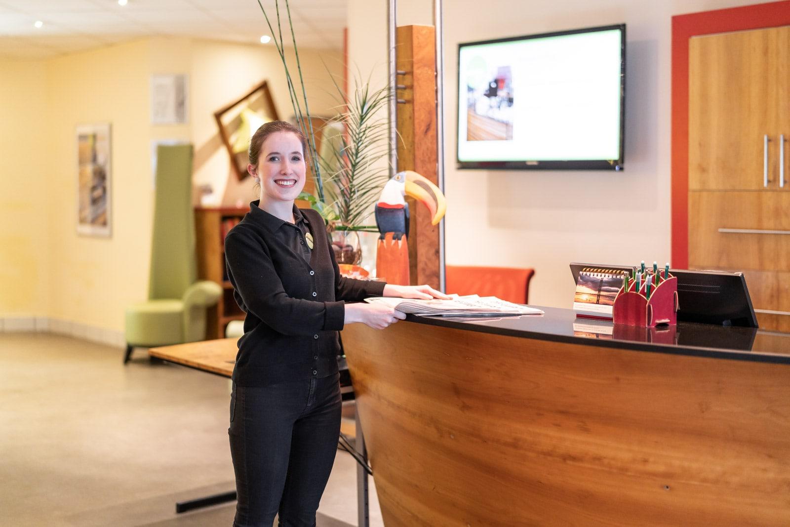 ANDERS-hotel-walsrode-rezeption.jpg