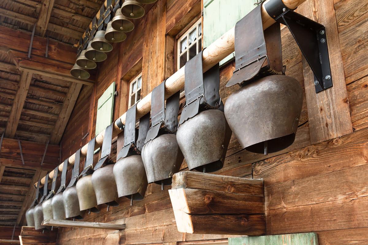 aufgehängte Glocken