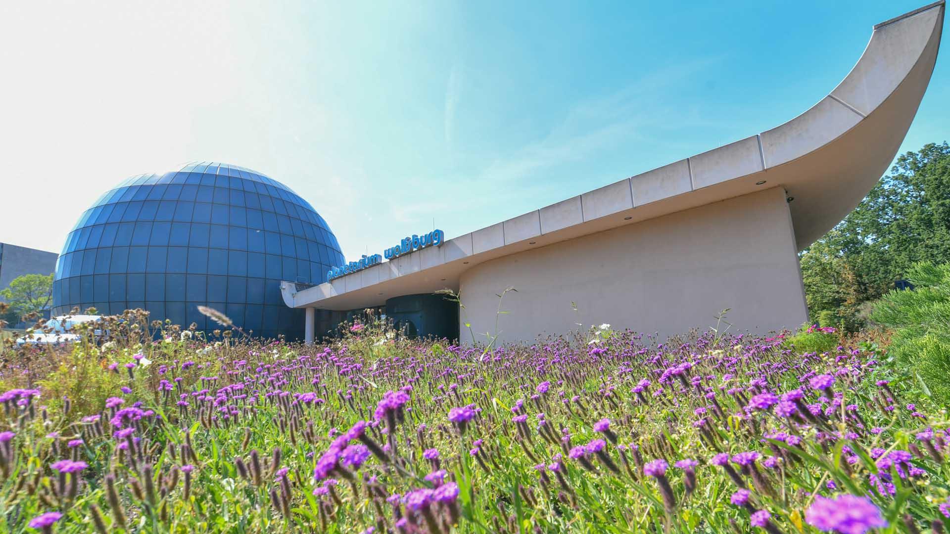 Planetarium Wolfsburg, Außenansicht