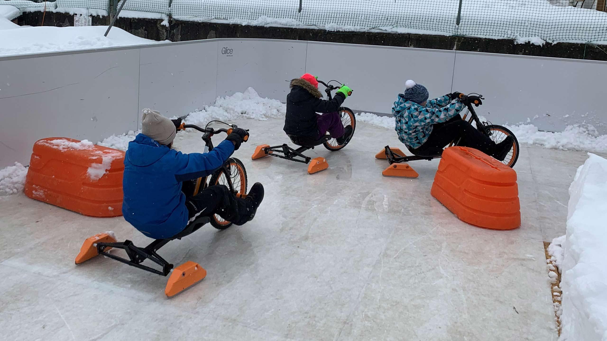 ice-bike-fahrt-rundkurs-synthetische-eisbahn-glice-beatenberg.jpg