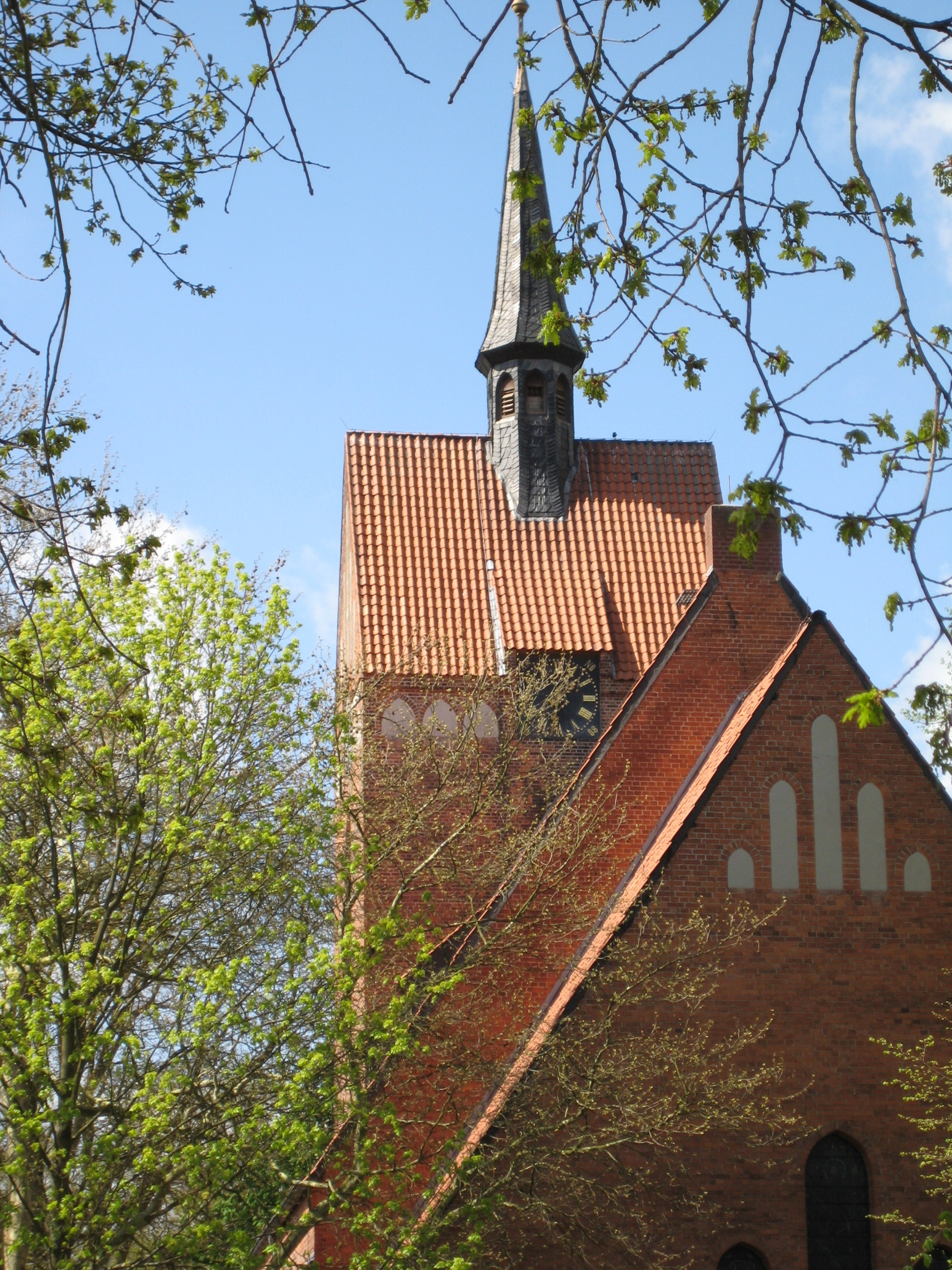 St.Ant.TurmFrühjahr.JPG
