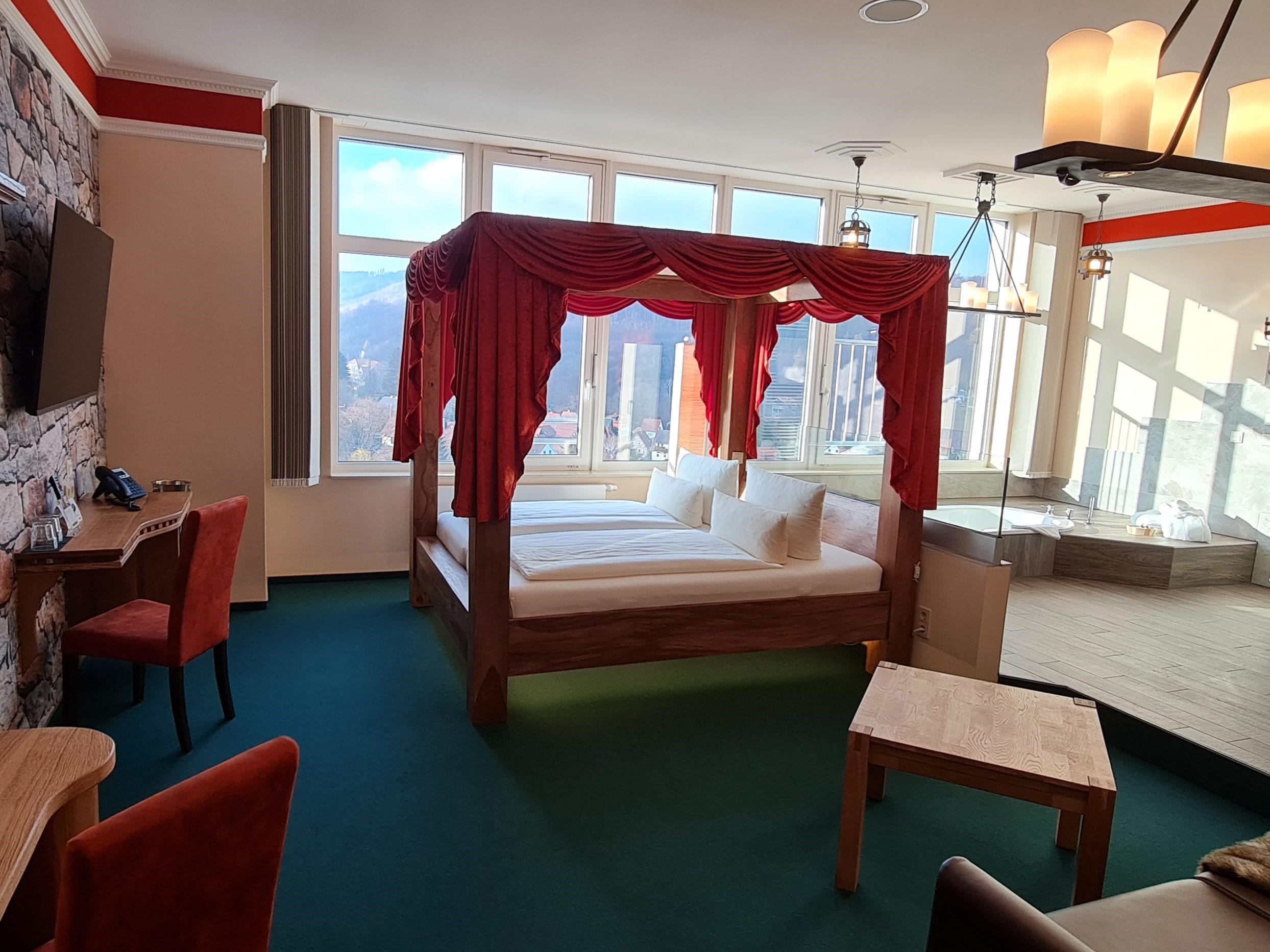 Honeymoon Suite - Hasseröder Burghotel Wernigerode