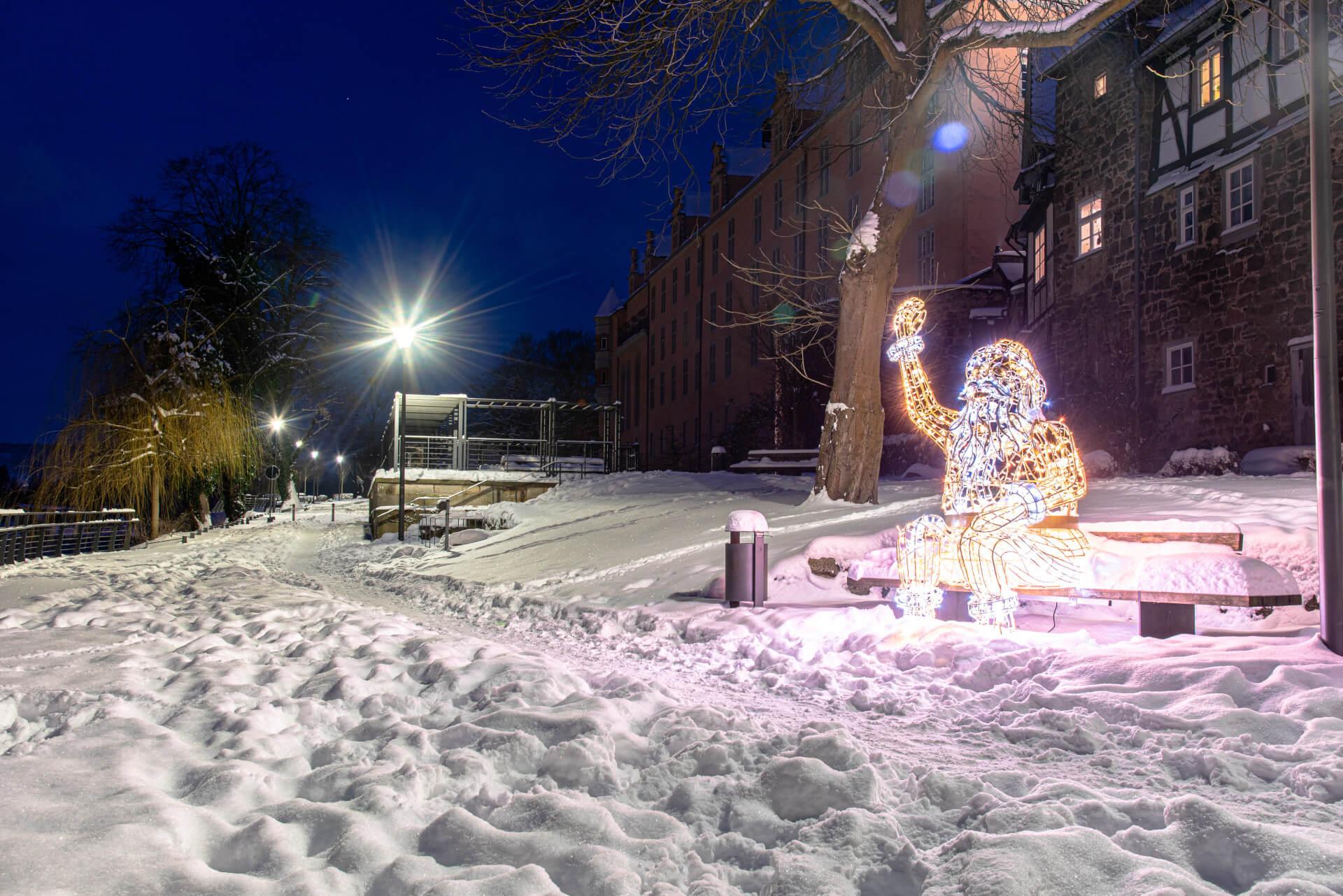 Lichterzauber im Schnee, Santa