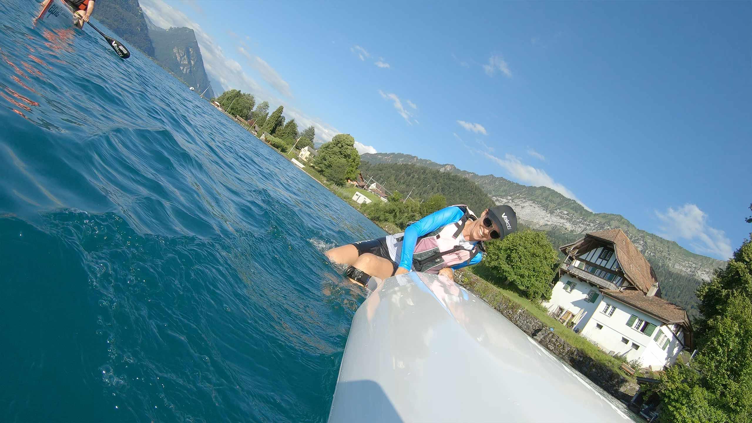 surfskipoint-thunersee-aufsetzen-im-wasser.jpg
