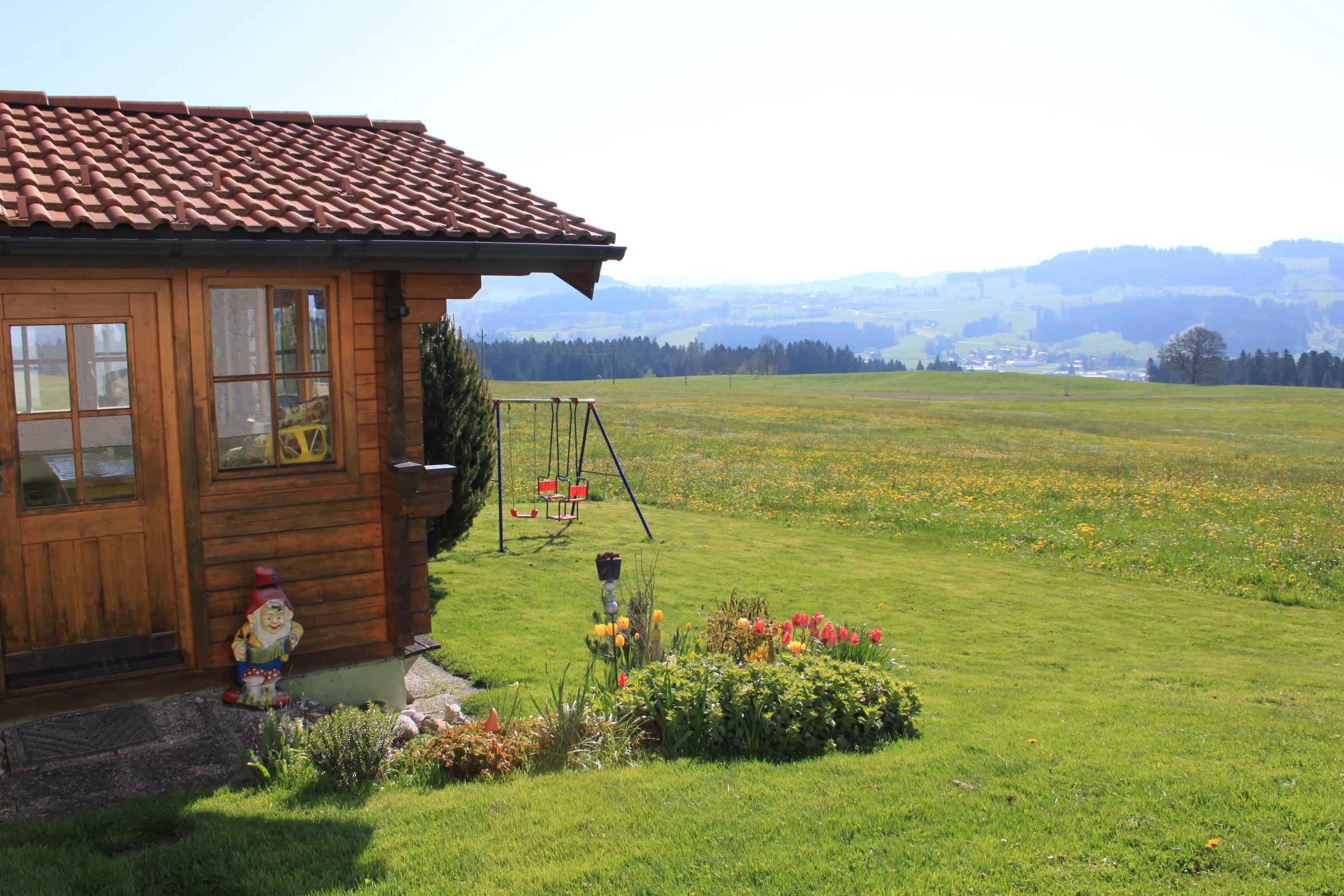 Haus Sonnenschein in Ruppenmanklitz, Gartenhaus mit Liegewiese
