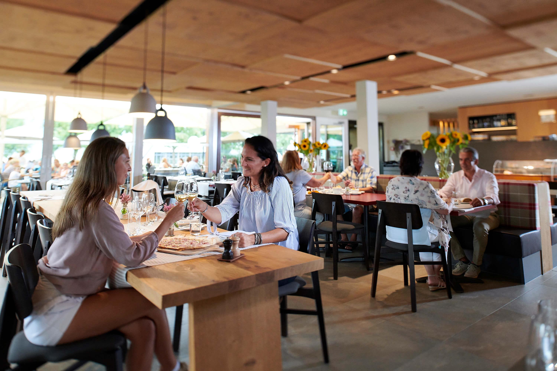 restaurant_delta_gäste_gwatt.jpg