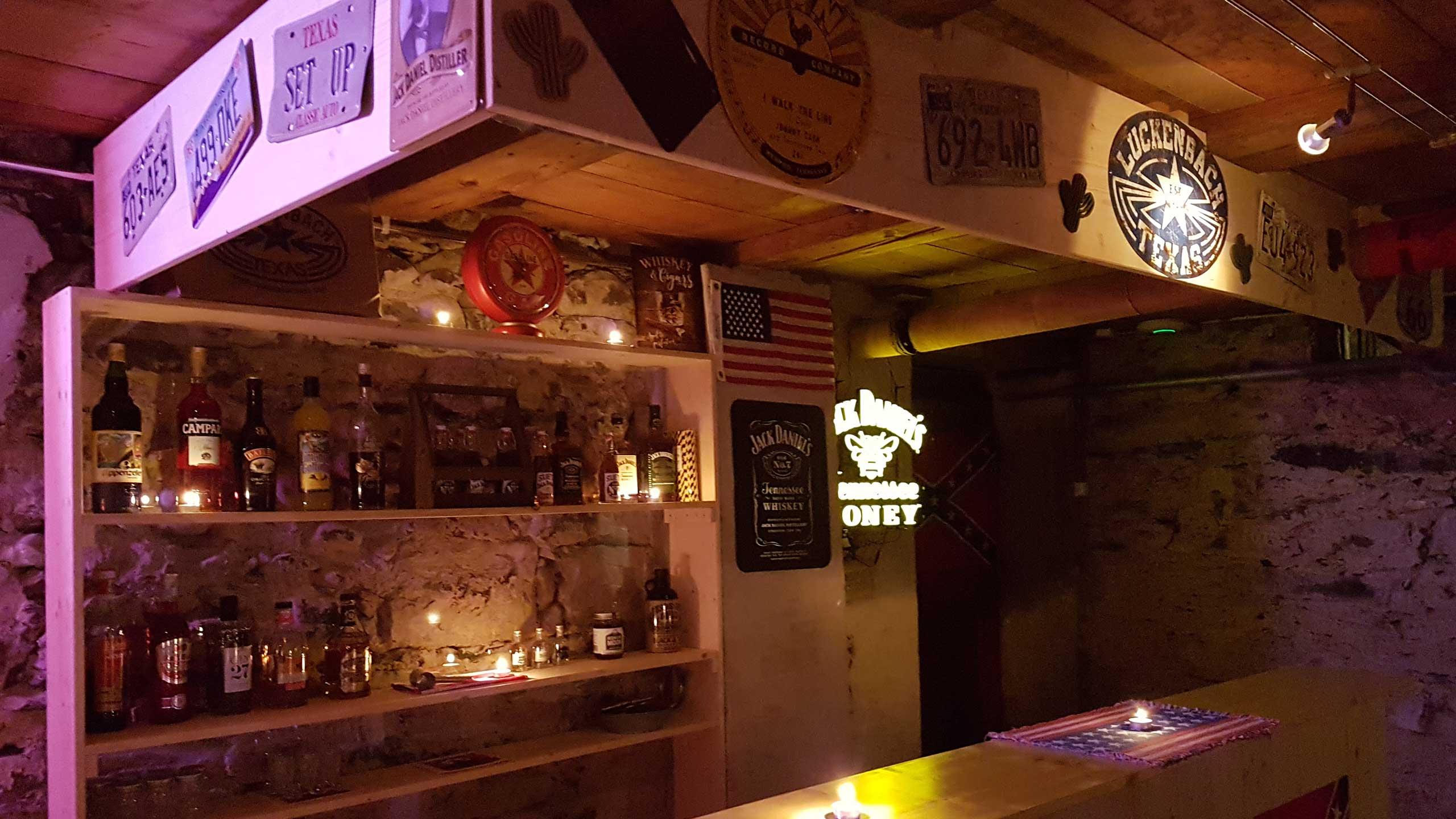 restaurant-rebleuten-bar-ambiente.jpg