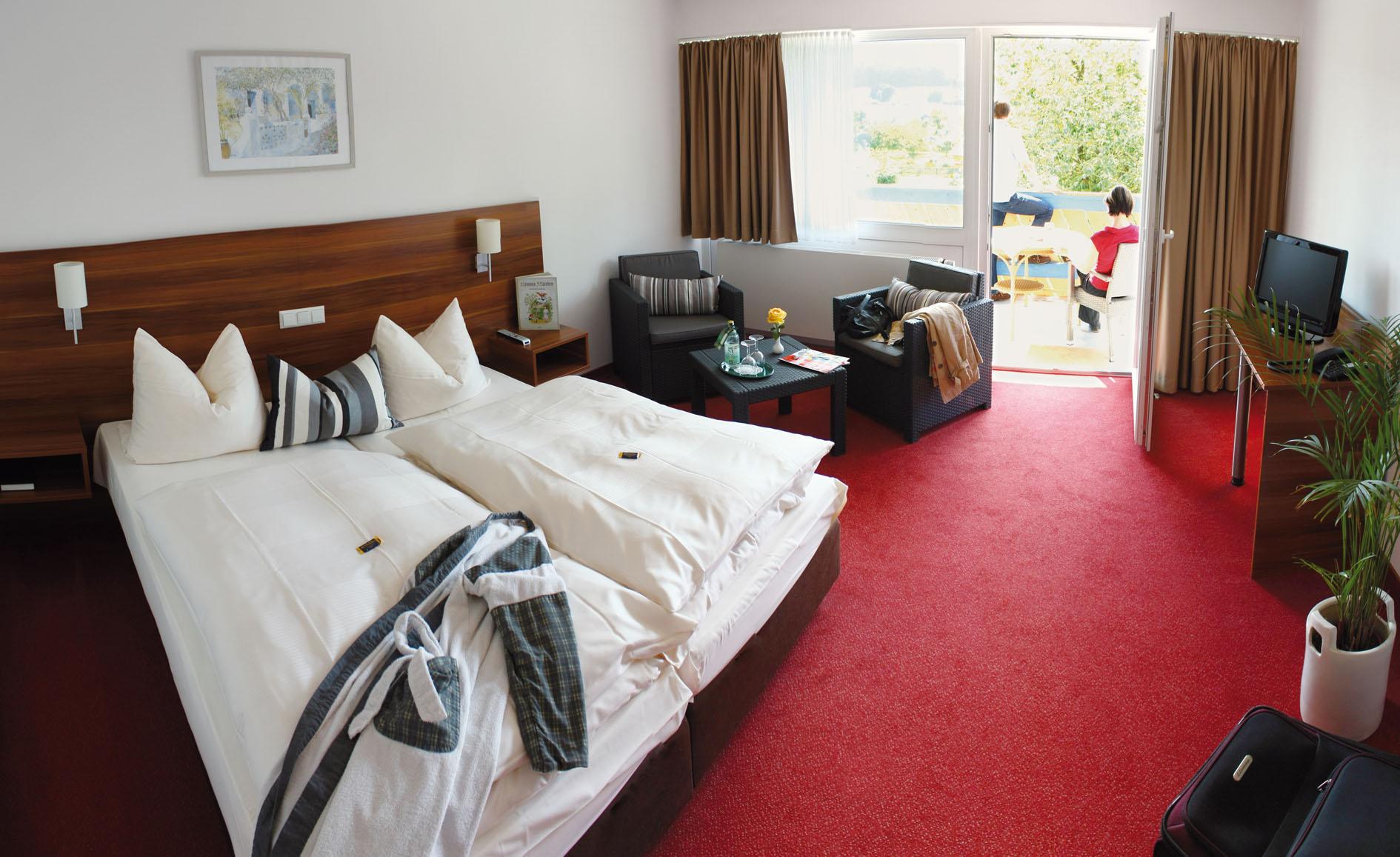 Wesertal_Hotel_Kronenhof_Zimmer4.jpg