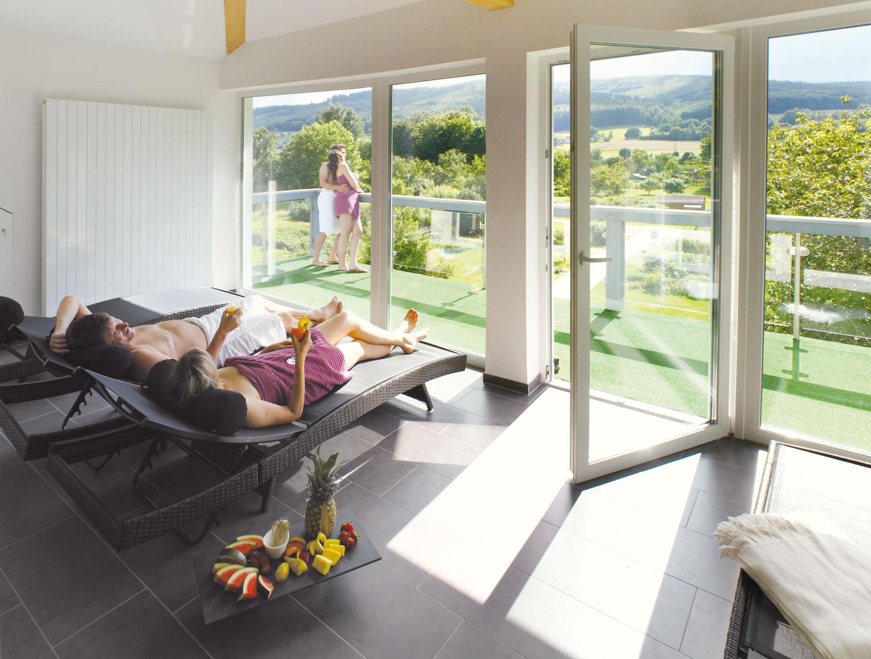 Wesertal_Hotel_Kronenhof_Wellness (1).jpg