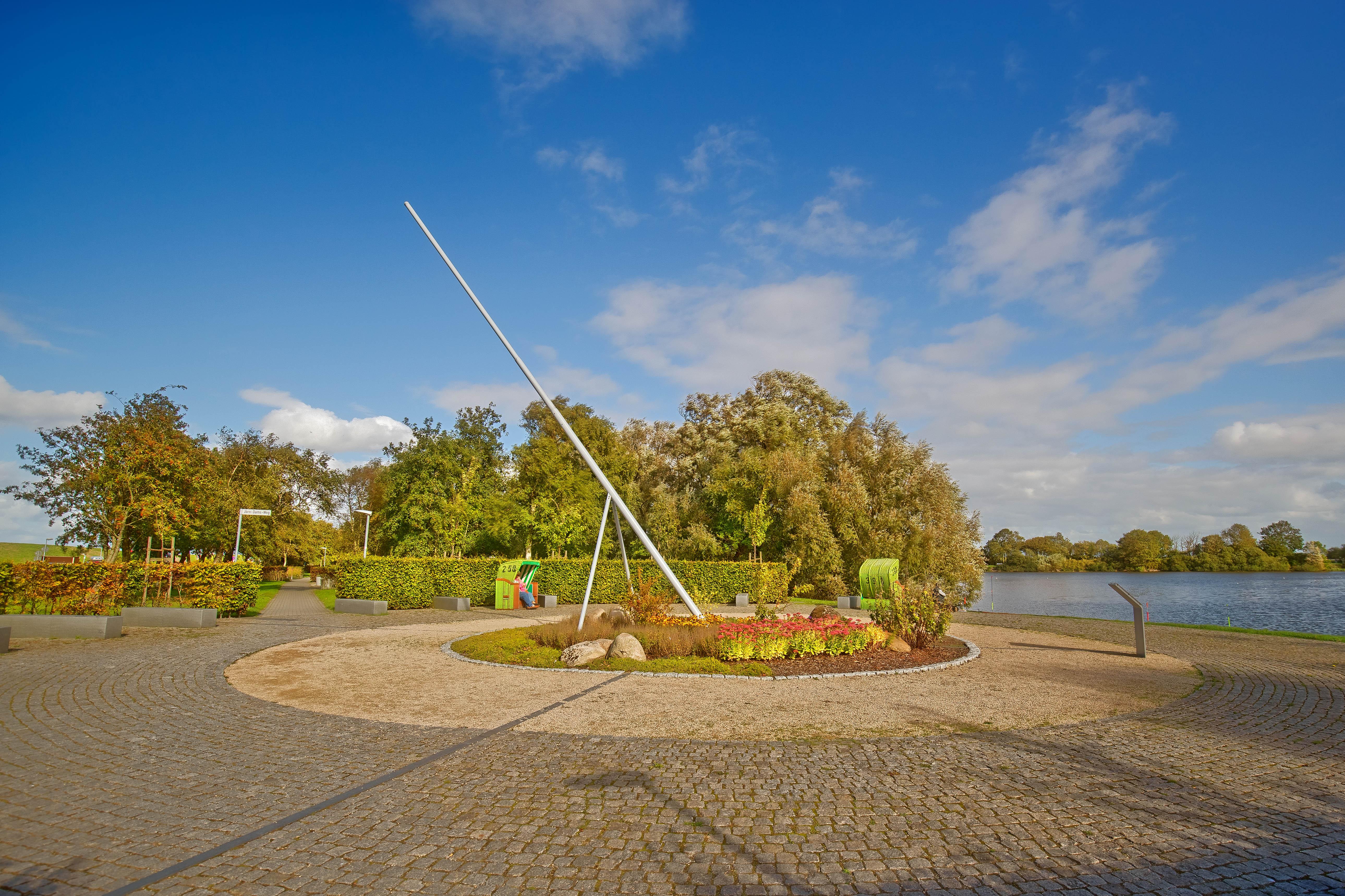 Sonnenuhr_Seepark