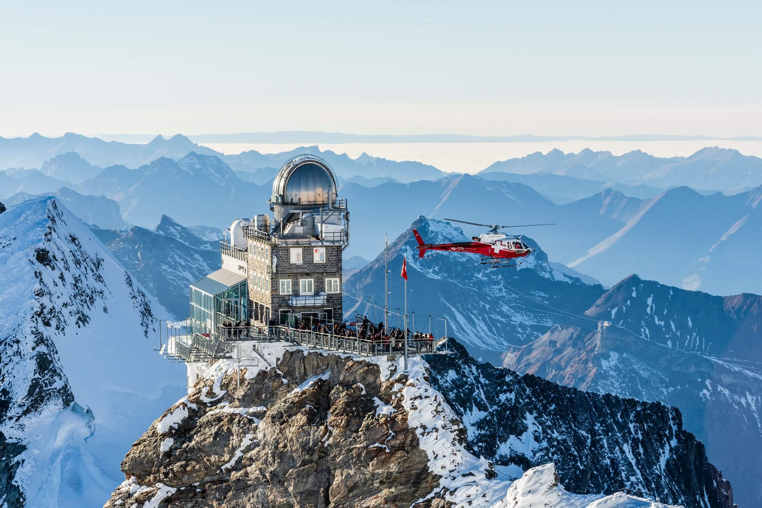 swiss-helicopter-rundflug-jungfraujoch-berge
