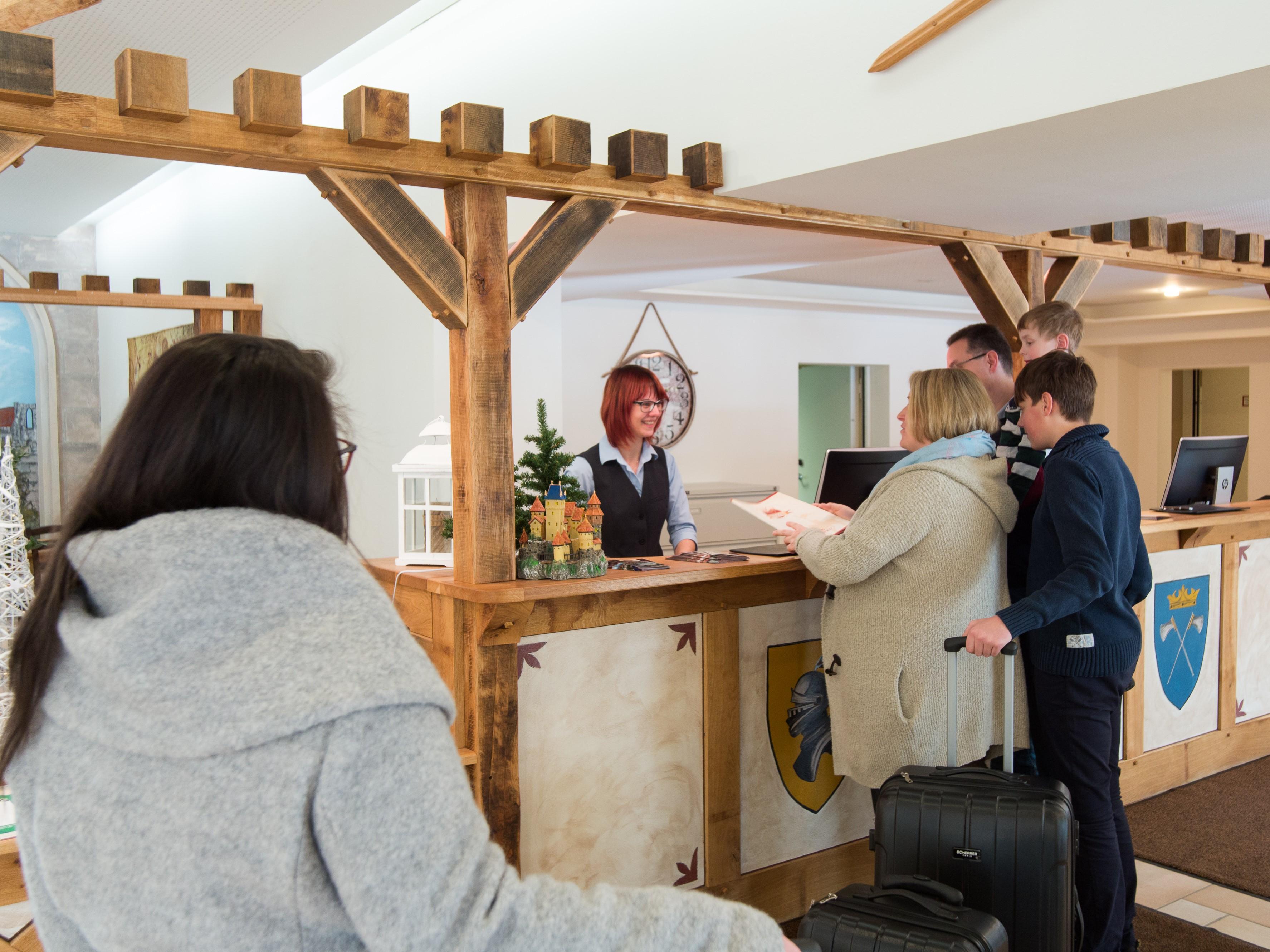 Hasseröder Burghotel in Wernigerode - Rezeption