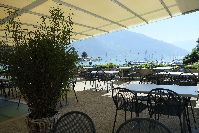 restaurant-frei-und-seebad-terrasse-bambus-spiez-sommer.JPG