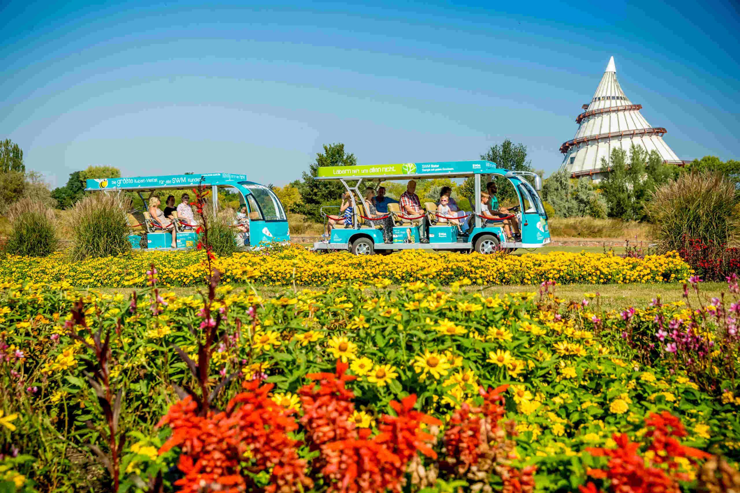 Parkbus Elbauen-Express im Elbauenpark