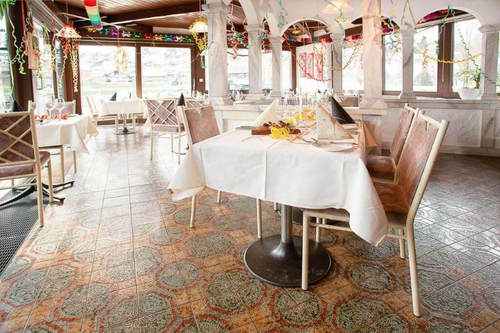 seegarten-marina-restaurant-fest-spiez.jpg