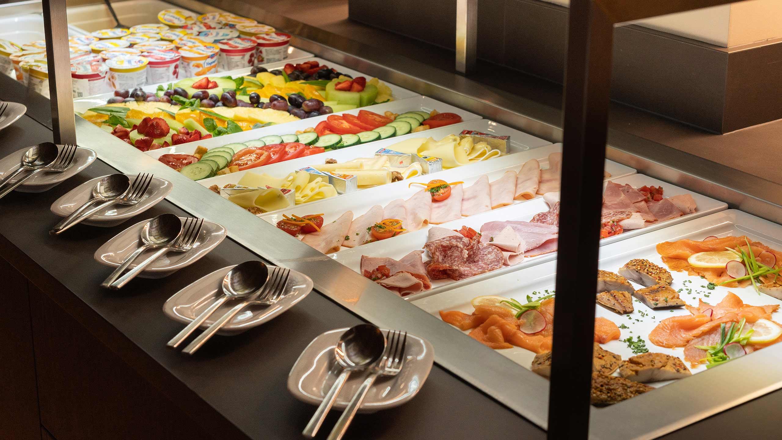 hotel-krebs-fruehstuck-auswahl-speisen.jpg