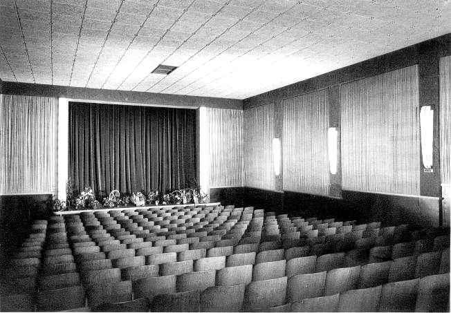 Kino Preller Innenansicht um 1950