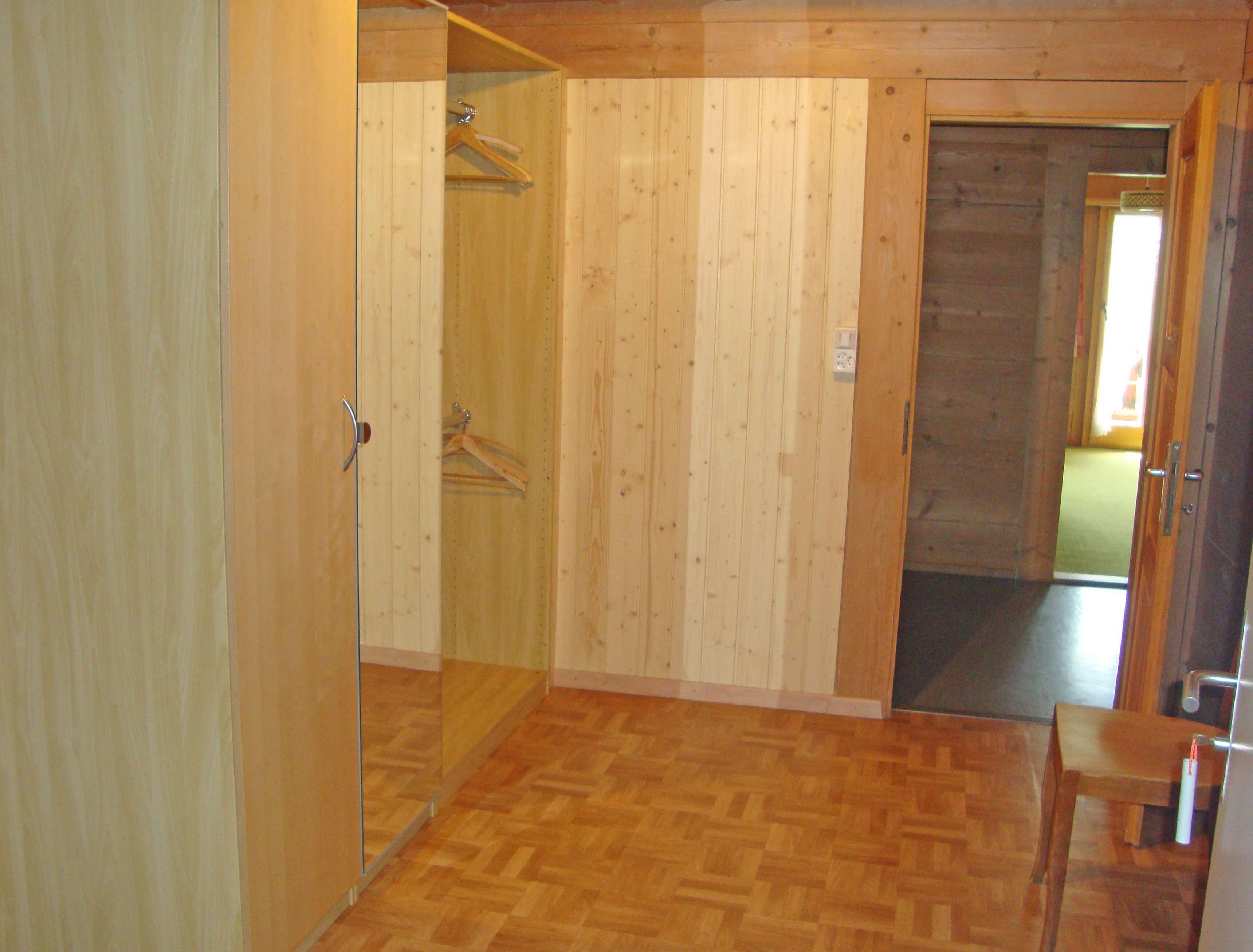 Garderobe Haus Wyss